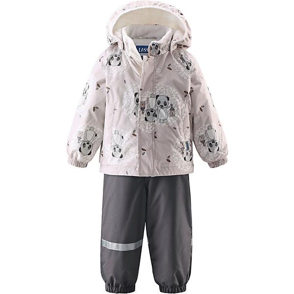 Комплект LASSIEОдежда<br>Зимний комбинезон для малышей известной финской марки.<br><br>- Водоотталкивающий, ветронепроницаемый, «дышащий» и грязеотталкивающий материал.<br>- Задний серединный шов брюк проклеен.<br>- Мягкая теплая подкладка из флиса.<br>- Гладкая подкладка из полиэстра. <br>-Средняя степень утепления. <br>- Безопасный, съемный капюшон. Эластичные манжеты. <br>- Регулируемый подол. Эластичные штанины.<br>- С ъемные эластичные штрипки. Легко надевать благодаря молнии. <br>- Два прорезных кармана. Регулируемые подтяжки. <br><br>Рекомендации по уходу: Стирать по отдельности, вывернув наизнанку. Застегнуть молнии и липучки. Соблюдать температуру в соответствии с руководством по уходу. Стирать моющим средством, не содержащим отбеливающие вещества. Полоскать без специального средства. Сушение в сушильном шкафу разрешено при  низкой температуре.<br><br>Состав: 100% Полиамид, полиуретановое покрытие.  Утеплитель «Lassie wadding» 140гр.(брюки); 180гр.(куртка).<br><br>Ширина мм: 190<br>Глубина мм: 74<br>Высота мм: 229<br>Вес г: 236<br>Цвет: белый<br>Возраст от месяцев: 18<br>Возраст до месяцев: 24<br>Пол: Унисекс<br>Возраст: Детский<br>Размер: 98,86,92,80,74<br>SKU: 4781567