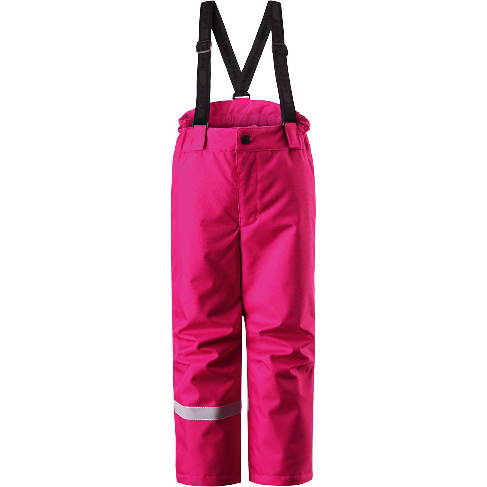 Брюки LASSIE by ReimaЗимние брюки для детей известной финской марки. <br><br>- Прочный материал. <br>- Водоотталкивающий, ветронепроницаемый, «дышащий» и грязеотталкивающий материал.<br>-  Задний серединный шов проклеен. свободный крой.<br>- Гладкая подкладка из полиэстра. <br>- Легкая степень утепления. <br>- Эластичный регулируемый обхват талии. <br>- Регулируемые брючины. Карманы в боковых швах.  <br><br>Рекомендации по уходу: Стирать по отдельности, вывернув наизнанку. Застегнуть молнии и липучки. Соблюдать температуру в соответствии с руководством по уходу. Стирать моющим средством, не содержащим отбеливающие вещества. Полоскать без специального средства. Сушение в сушильном шкафу разрешено при  низкой температуре.<br><br>Состав: 100% Полиамид, полиуретановое покрытие.  Утеплитель «Lassie wadding» 100гр.<br><br>Ширина мм: 215<br>Глубина мм: 88<br>Высота мм: 191<br>Вес г: 336<br>Цвет: розовый<br>Возраст от месяцев: 48<br>Возраст до месяцев: 60<br>Пол: Женский<br>Возраст: Детский<br>Размер: 110,104,98,92,140,134,128,122,116<br>SKU: 4781886