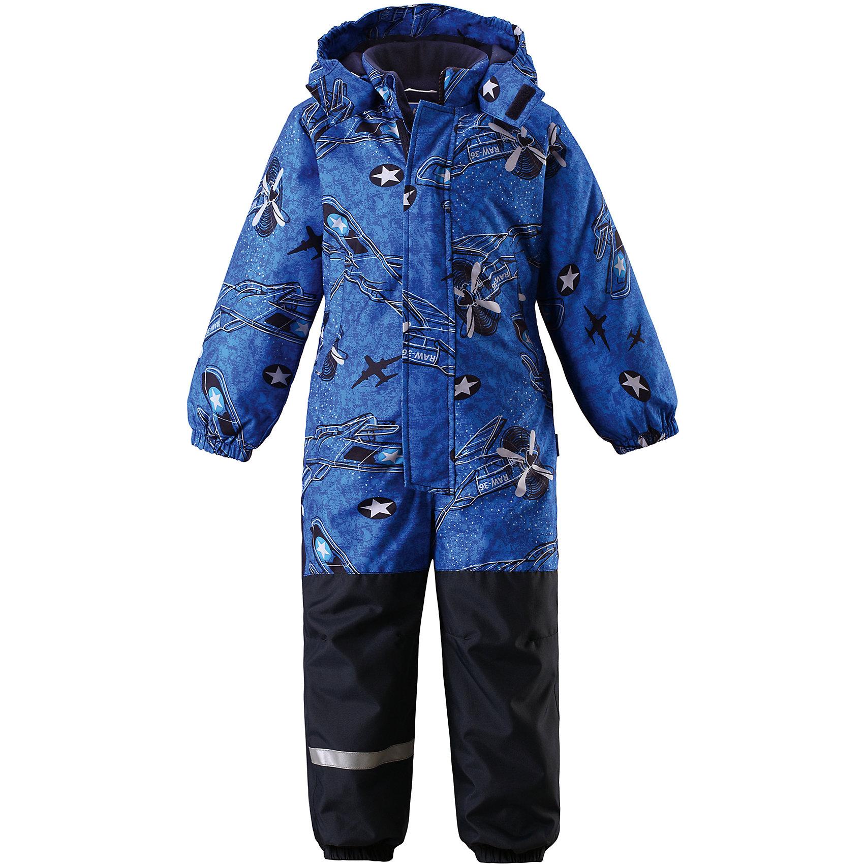 Комбинезон для мальчика LASSIEОдежда<br>Зимний комбинезон для детей известной финской марки.<br><br>Характеристики товара:<br><br>-Вставки из высокопрочного материала в области колен и попы<br>-Два боковых кармана<br>-Температурный режим от 0°до -15°С<br>-Задний средний шов проклеен<br>-Съемный капюшон<br>-Съемные штрипки<br>-Ветрозащита<br>-Состав: 100% полиэстер, мембрана 100% полиуретан<br>-Утеплитель: 100% полиэстер 180г/кв.м<br>-Водонепроницаемость: 1000мм<br>-Сопротивление трению: 50000 оборотов (тест Мартиндейла)<br><br>Рекомендации по уходу: Стирать по отдельности, вывернув наизнанку. Застегнуть молнии и липучки. Соблюдать температуру в соответствии с руководством по уходу. Стирать моющим средством, не содержащим отбеливающие вещества. Полоскать без специального средства. Сушение в сушильном шкафу разрешено при  низкой температуре.<br><br>Состав: 100% Полиамид, полиуретановое покрытие.  Утеплитель «Lassie wadding» 180гр.<br><br>Ширина мм: 356<br>Глубина мм: 10<br>Высота мм: 245<br>Вес г: 519<br>Цвет: синий<br>Возраст от месяцев: 12<br>Возраст до месяцев: 15<br>Пол: Мужской<br>Возраст: Детский<br>Размер: 80,128,86,92,98,104,110,116,122<br>SKU: 4782008