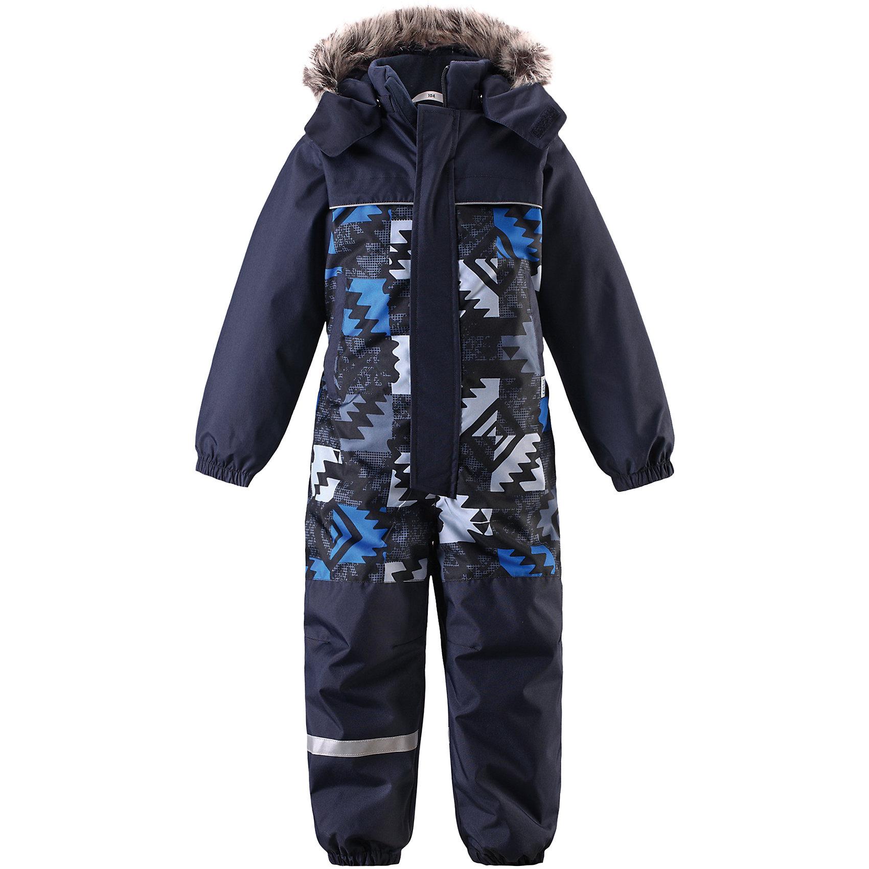 Комбинезон LASSIEОдежда<br>Зимний комбинезон для детей известной финской марки.<br><br>- Прочный материал. Водоотталкивающий, ветронепроницаемый, «дышащий» и грязеотталкивающий материал. <br>- Задний серединный шов проклеен. <br>- Гладкая подкладка из полиэстра. <br>- Средняя степень утепления. <br>- Безопасный съемный капюшон с отсоединяемой меховой каймой из искусственного меха. <br>- Эластичные манжеты. Эластичные штанины. <br>- Съемные эластичные штрипки. Два прорезных кармана. <br>- Принт по всей поверхности.<br><br>Рекомендации по уходу: Стирать по отдельности, вывернув наизнанку. Перед стиркой отстегните искусственный мех. Застегнуть молнии и липучки. Соблюдать температуру в соответствии с руководством по уходу. Стирать моющим средством, не содержащим отбеливающие вещества. Полоскать без специального средства. Сушение в сушильном шкафу разрешено при  низкой температуре.<br><br>Состав: 100% Полиамид, полиуретановое покрытие.  Утеплитель «Lassie wadding» 180гр.<br><br>Ширина мм: 356<br>Глубина мм: 10<br>Высота мм: 245<br>Вес г: 519<br>Цвет: синий<br>Возраст от месяцев: 12<br>Возраст до месяцев: 15<br>Пол: Мужской<br>Возраст: Детский<br>Размер: 80,128,86,92,98,104,110,116,122<br>SKU: 4782088