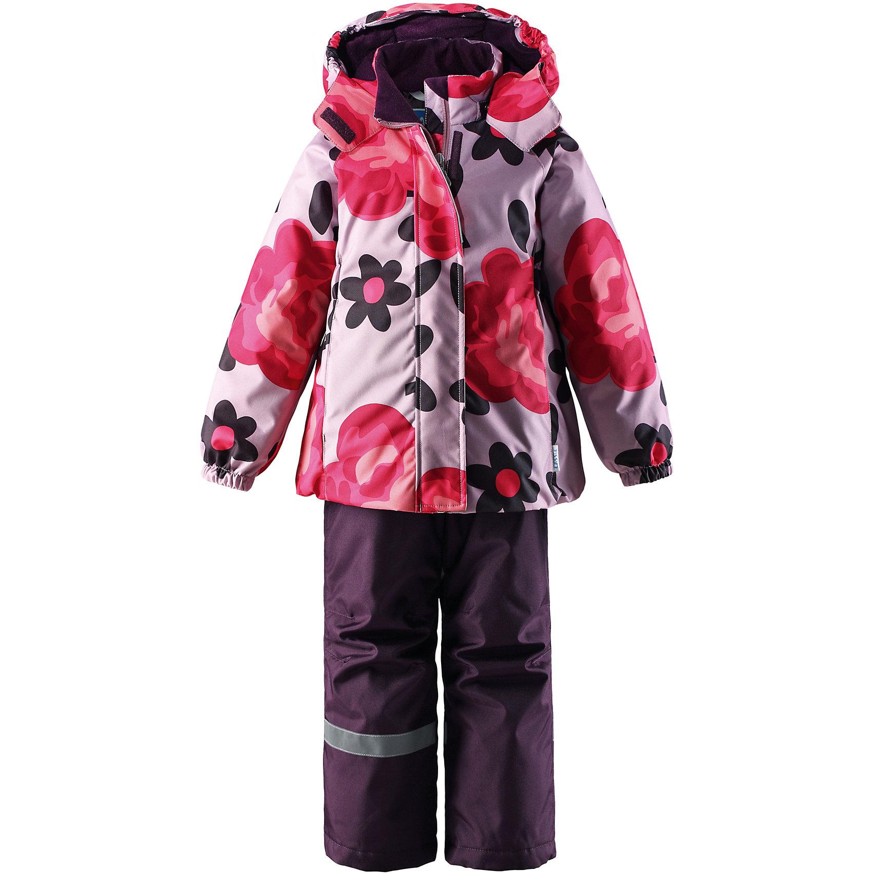 Комплект для девочки LASSIEОдежда<br>Зимний комплект для детей известной финской марки.<br><br>-  Прочный материал. Водоотталкивающий, ветронепроницаемый, «дышащий» и грязеотталкивающий материал.<br>-  Задний серединный шов брюк проклеен.<br>-  Гладкая подкладка из полиэстра.<br>-  Средняя степень утепления. <br>- Безопасный, съемный капюшон.<br>-  Эластичные манжеты. Эластичная талия. <br>- Регулируемый подол. Снегозащитные манжеты на штанинах. <br>- Ширинка на молнии. Карманы в боковых швах.<br>-  Регулируемые и отстегивающиеся эластичные подтяжки.<br>-  Принт по всей поверхности. <br><br> Рекомендации по уходу: Стирать по отдельности, вывернув наизнанку. Застегнуть молнии и липучки. Соблюдать температуру в соответствии с руководством по уходу. Стирать моющим средством, не содержащим отбеливающие вещества. Полоскать без специального средства. Сушение в сушильном шкафу разрешено при  низкой температуре.<br><br>Состав: 100% Полиамид, полиуретановое покрытие.  Утеплитель «Lassie wadding» 100гр.(брюки); 180гр.(куртка).<br><br>Ширина мм: 190<br>Глубина мм: 74<br>Высота мм: 229<br>Вес г: 236<br>Цвет: розовый<br>Возраст от месяцев: 60<br>Возраст до месяцев: 72<br>Пол: Женский<br>Возраст: Детский<br>Размер: 116,140,92,98,104,110,122,128,134<br>SKU: 4782198