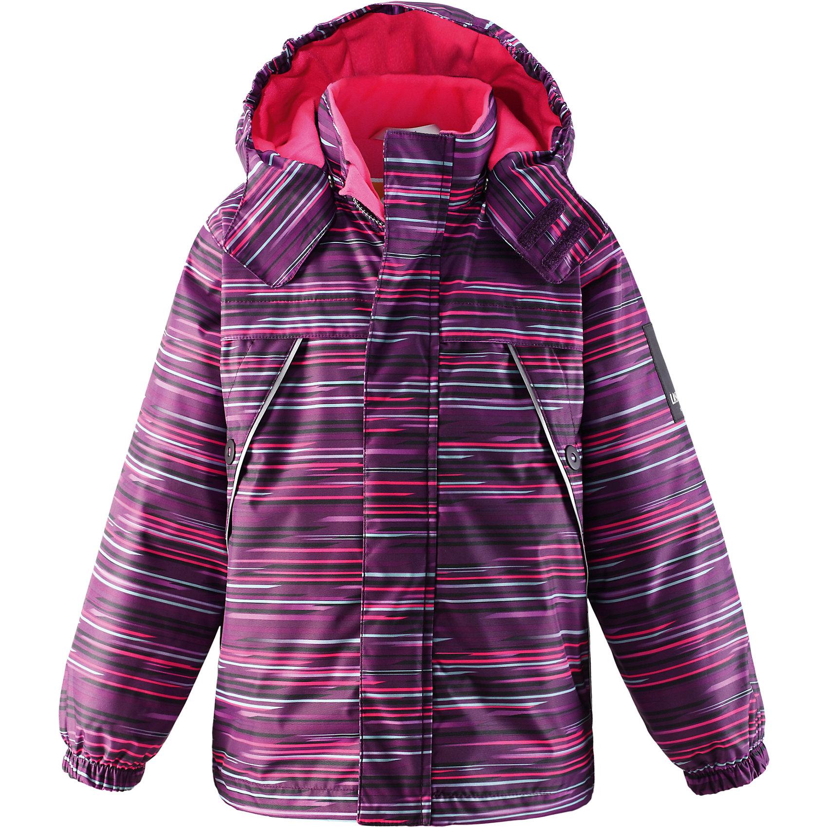 Куртка для девочки LASSIEОдежда<br>Зимняя куртка для детей Lassietec®. <br><br>- Водо- и ветронепроницаемый, «дышащий» и грязеотталкивающий материал.<br>- Внешние швы проклеены.<br>- Гладкая подкладка из полиэстра.<br>- Средняя степень утепления.<br>-  Безопасный, съемный капюшон.<br>- Эластичные манжеты. <br>- Регулируемый подол.<br>- Передние карманы. <br><br> Рекомендации по уходу: Стирать по отдельности, вывернув наизнанку. Застегнуть молнии и липучки. Соблюдать температуру в соответствии с руководством по уходу. Стирать моющим средством, не содержащим отбеливающие вещества. Полоскать без специального средства. Сушение в сушильном шкафу разрешено при  низкой температуре.<br><br>Состав: 100% Полиамид, полиуретановое покрытие.  Утеплитель «Lassie wadding» 140гр.<br><br>Ширина мм: 356<br>Глубина мм: 10<br>Высота мм: 245<br>Вес г: 519<br>Цвет: фиолетовый<br>Возраст от месяцев: 108<br>Возраст до месяцев: 120<br>Пол: Женский<br>Возраст: Детский<br>Размер: 116,140,92,98,104,110,122,128,134<br>SKU: 4782238