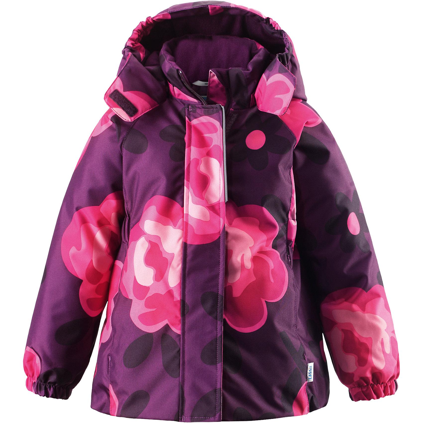 Куртка для девочки LASSIE by ReimaЗимняя куртка для детей известной финской марки.<br><br>- Прочный материал. Водоотталкивающий, ветронепроницаемый, «дышащий» и грязеотталкивающий материал. <br>- Крой для девочек. <br>- Гладкая подкладка из полиэстра.<br>- Средняя степень утепления.<br>-  Безопасный, съемный капюшон. <br>- Эластичные манжеты. Карманы в боковых швах.<br>-  Принт по всей поверхности.  <br><br>Рекомендации по уходу: Стирать по отдельности, вывернув наизнанку. Застегнуть молнии и липучки. Соблюдать температуру в соответствии с руководством по уходу. Стирать моющим средством, не содержащим отбеливающие вещества. Полоскать без специального средства. Сушение в сушильном шкафу разрешено при  низкой температуре.<br><br>Состав: 100% Полиамид, полиуретановое покрытие.  Утеплитель «Lassie wadding» 180гр.<br><br>Ширина мм: 356<br>Глубина мм: 10<br>Высота мм: 245<br>Вес г: 519<br>Цвет: фиолетовый<br>Возраст от месяцев: 18<br>Возраст до месяцев: 24<br>Пол: Женский<br>Возраст: Детский<br>Размер: 92,140,134,128,122,116,110,104,98<br>SKU: 4782268