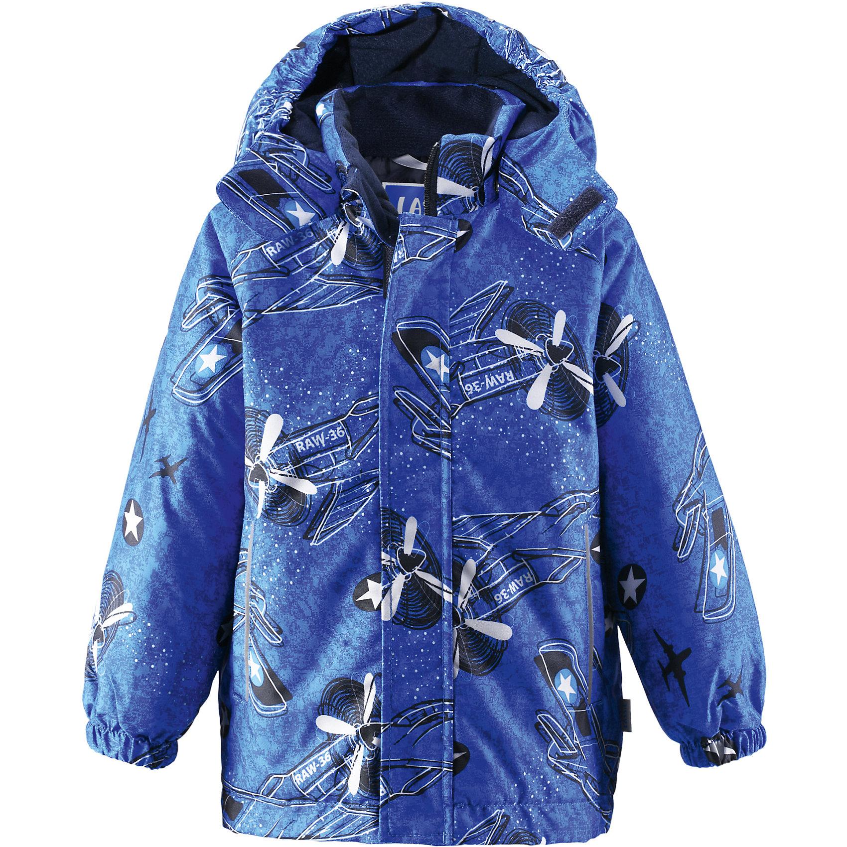 Куртка для мальчика LASSIE by ReimaЗимняя куртка для детей известной финской марки.<br><br>- Прочный материал. Водоотталкивающий, ветронепроницаемый, «дышащий» и грязеотталкивающий материал. <br>- Крой для девочек. <br>- Гладкая подкладка из полиэстра.<br>- Средняя степень утепления.<br>-  Безопасный, съемный капюшон. <br>- Эластичные манжеты. Карманы в боковых швах.<br>-  Принт по всей поверхности.  <br><br>Рекомендации по уходу: Стирать по отдельности, вывернув наизнанку. Застегнуть молнии и липучки. Соблюдать температуру в соответствии с руководством по уходу. Стирать моющим средством, не содержащим отбеливающие вещества. Полоскать без специального средства. Сушение в сушильном шкафу разрешено при  низкой температуре.<br><br>Состав: 100% Полиамид, полиуретановое покрытие.  Утеплитель «Lassie wadding» 180гр.<br><br>Ширина мм: 356<br>Глубина мм: 10<br>Высота мм: 245<br>Вес г: 519<br>Цвет: синий<br>Возраст от месяцев: 96<br>Возраст до месяцев: 108<br>Пол: Мужской<br>Возраст: Детский<br>Размер: 134,140,128,122,116,110,104,98,92<br>SKU: 4782288