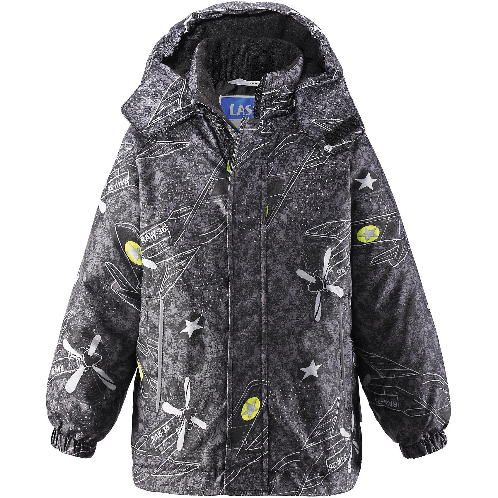Куртка для мальчика LASSIEОдежда<br>Зимняя куртка для детей известной финской марки.<br><br>- Прочный материал. Водоотталкивающий, ветронепроницаемый, «дышащий» и грязеотталкивающий материал. <br>- Крой для девочек. <br>- Гладкая подкладка из полиэстра.<br>- Средняя степень утепления.<br>-  Безопасный, съемный капюшон. <br>- Эластичные манжеты. Карманы в боковых швах.<br>-  Принт по всей поверхности.  <br><br>Рекомендации по уходу: Стирать по отдельности, вывернув наизнанку. Застегнуть молнии и липучки. Соблюдать температуру в соответствии с руководством по уходу. Стирать моющим средством, не содержащим отбеливающие вещества. Полоскать без специального средства. Сушение в сушильном шкафу разрешено при  низкой температуре.<br><br>Состав: 100% Полиамид, полиуретановое покрытие.  Утеплитель «Lassie wadding» 180гр.<br><br>Ширина мм: 356<br>Глубина мм: 10<br>Высота мм: 245<br>Вес г: 519<br>Цвет: серый<br>Возраст от месяцев: 24<br>Возраст до месяцев: 36<br>Пол: Мужской<br>Возраст: Детский<br>Размер: 98,104,110,116,122,128,134,140,92<br>SKU: 4782308