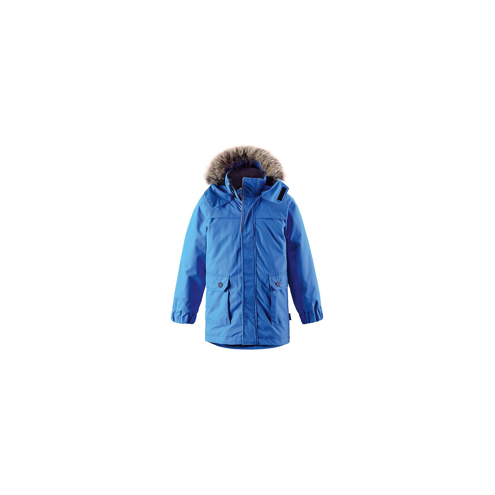Куртка для мальчика LASSIEЗимняя куртка для детей известной финской марки.<br><br>- Водоотталкивающий, ветронепроницаемый, «дышащий» и грязеотталкивающий материал.<br>- Гладкая подкладка из полиэстра.<br>- Средняя степень утепления<br>-  Безопасный съемный капюшон с отсоединяемой меховой каймой из искусственного меха. <br>- Эластичные манжеты. Регулируемый обхват талии.<br>-  Карманы с клапанами. <br><br> Рекомендации по уходу: Стирать по отдельности, вывернув наизнанку. Перед стиркой отстегните искусственный мех. Застегнуть молнии и липучки. Соблюдать температуру в соответствии с руководством по уходу. Стирать моющим средством, не содержащим отбеливающие вещества. Полоскать без специального средства. Сушение в сушильном шкафу разрешено при  низкой температуре.<br><br>Состав: 100% Полиамид, полиуретановое покрытие.  Утеплитель «Lassie wadding» 180гр.<br><br>Ширина мм: 356<br>Глубина мм: 10<br>Высота мм: 245<br>Вес г: 519<br>Цвет: синий<br>Возраст от месяцев: 24<br>Возраст до месяцев: 36<br>Пол: Мужской<br>Возраст: Детский<br>Размер: 98,140,92,104,110,128,116,122,134<br>SKU: 4782348