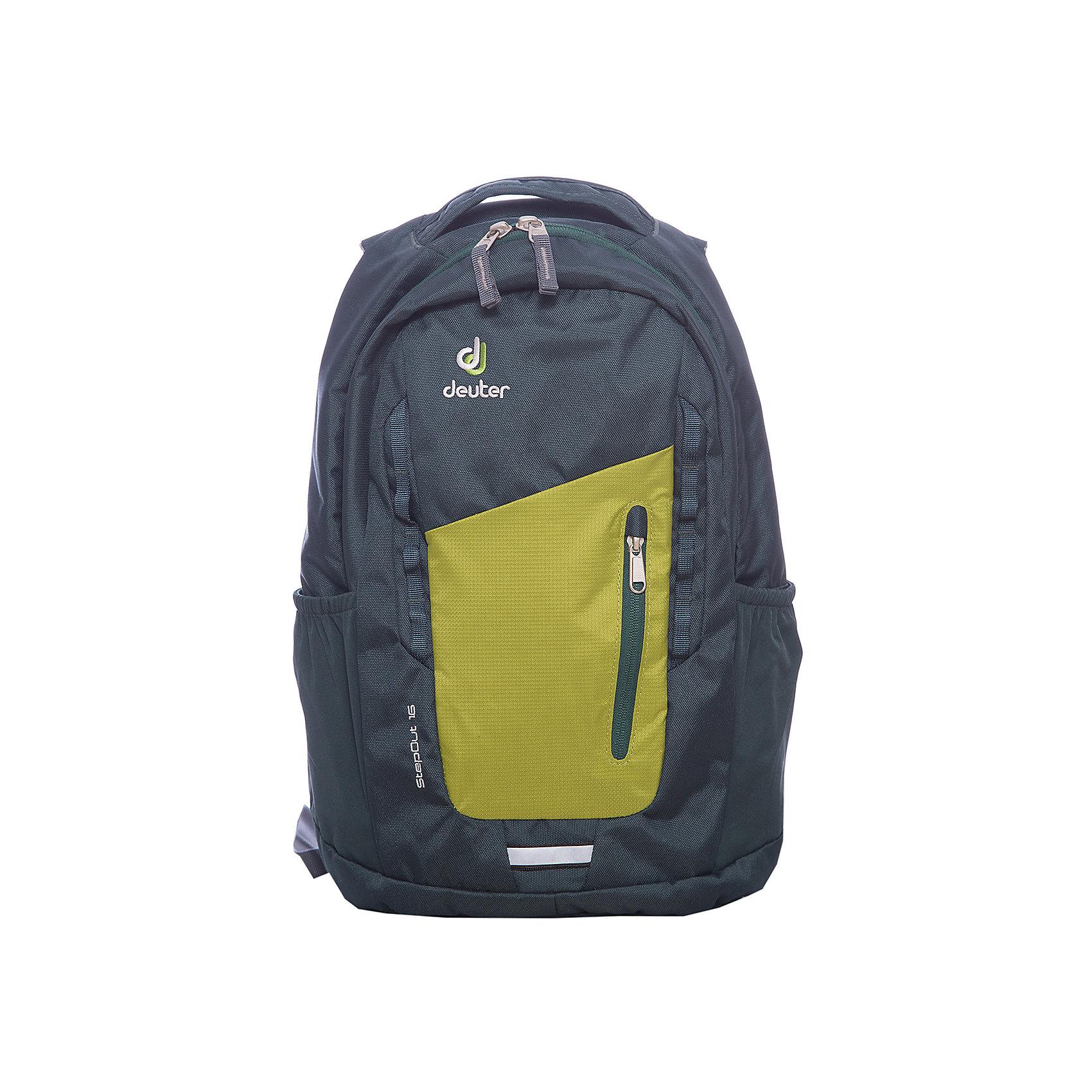 Рюкзак Stepout  16, сине-зеленыйРюкзак Stepout  16, сине-зеленый, Deuter (Дойтер)<br><br>Характеристики:<br><br>• система вентиляции спины Airstripes<br>• лямки имеют анатомическую форму<br>• отделение для документов<br>• внешний карман на молнии с карабином для ключей<br>• боковые карманы на резинке<br>• петля для фонарика<br>• удобная ручка для переноски<br>• петля для навески<br>• материал: Super-Polytex<br>• объем: 16 л<br>• размер: 45х26х16 см<br>• вес: 550 грамм<br>• цвет: сине-зеленый<br><br>Городской рюкзак Stepout очень функционален. Он оснащен одним большим отделением на молнии, внешним отделением на молнии и двумя боковыми карманами на резинке. Основное отделение имеет карман для документов, а внешнее - карабин для ключей. Плечевые ремни имеют анатомическую форму, обеспечивающую правильное распределение нагрузки на спину. Рюкзак также оснащен системой Airstripes, которая позволит коже дышать. Она впитывает лишнюю влагу и пропускает воздух. Рюкзак имеет удобную ручку для переноски в руке и петлю для навески. Этот рюкзак - прекрасный выбор для ценителей качества и удобства!<br><br>Рюкзак Stepout  16, сине-зеленый, Deuter (Дойтер) можно купить в нашем интернет-магазине.<br><br>Ширина мм: 160<br>Глубина мм: 260<br>Высота мм: 450<br>Вес г: 550<br>Возраст от месяцев: 72<br>Возраст до месяцев: 144<br>Пол: Унисекс<br>Возраст: Детский<br>SKU: 4782532