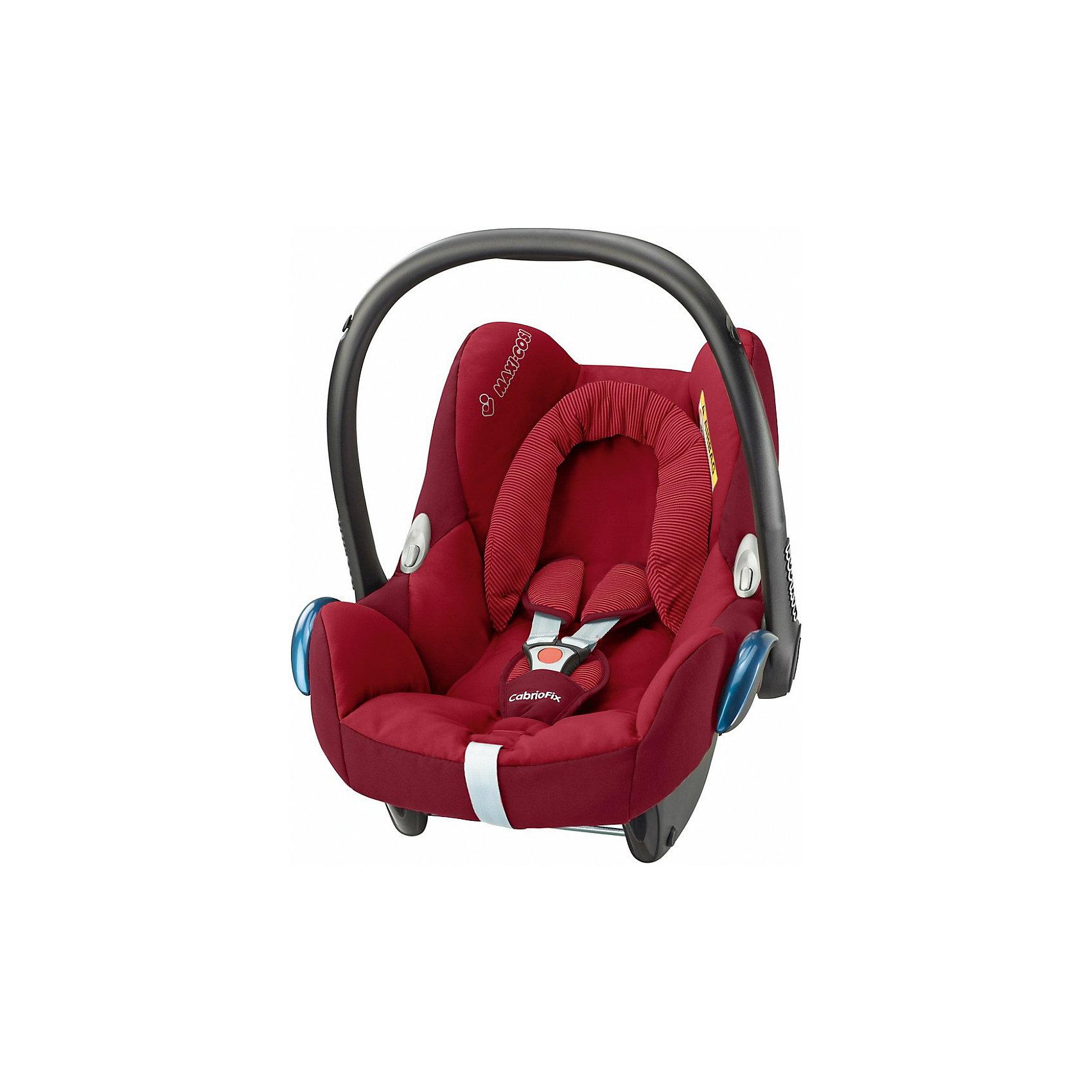 Автокресло CabrioFix 0-13 кг., Maxi-Cosi, Robin RedАвтокресло CabrioFix гарантирует детям комфорт и безопасность во время путешествий на автомобиле. Кресло монтируется с помощью штатных ремней безопасности. Глубина сиденья может варьироваться в зависимости от веса ребенка, объемные бортики гарантирует прекрасную защиту от боковых ударов. Кресло дополнено небольшой подушечкой, с регулируемым объемом, обеспечивающую комфортные путешествия даже самым юным пассажирам. Трехточечные страховочные ремни с мягкими накладками и централизованной системой натяжения позволяют регулировать длину одним движением руки. Кресло имеет козырек от солнца. Чехол модели изготовлен из стойкого к загрязнениям, прочного и приятного на ощупь материала, быстро и удобно снимается, его можно стирать в деликатном режиме.<br><br>Дополнительная информация:<br><br>- Материал: текстиль, пластик, металл.<br>- Максимальная ширина внутри сиденья по бедрам: 29 см. <br>- Минимальная ширина внутри сиденья (по верху головы): 44 см. <br>- Максимальная глубина внутри сиденья: 31 см. <br>- Высота: 50 см. <br>- Вес: 3.25 кг.<br>- Группа 0+ (до 13 кг).<br>- Соответствует требованиям ECE-R44/04.<br>- Установка в автомобиле: с помощью штатных ремней. <br>- Устанавливается против хода движения. <br>- Трехточечные ремни безопасности.<br>- Защита от боковых ударов.<br>- Встроенный регулятор может варьировать глубину сиденья.<br>- Подушечка с регулировкой объема.<br>- Козырек, небольшой отсек для вещей и игрушек.<br>- Съемный чехол (можно стирать в деликатном режиме). <br><br>Автокресло CabrioFix 0-13 кг., Maxi-Cosi (Макси-Коси Кабрио Фикс), Robin Red,  можно купить в нашем магазине.<br><br>Ширина мм: 445<br>Глубина мм: 375<br>Высота мм: 725<br>Вес г: 3300<br>Цвет: красный<br>Возраст от месяцев: 0<br>Возраст до месяцев: 12<br>Пол: Унисекс<br>Возраст: Детский<br>SKU: 4790757