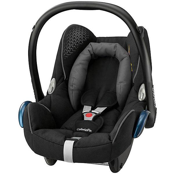 Автокресло Maxi-Cosi CabrioFix 0-13 кг, Origami blackГруппа 0+  (до 13 кг)<br>Автокресло CabrioFix гарантирует детям комфорт и безопасность во время путешествий на автомобиле. Кресло монтируется с помощью штатных ремней безопасности. Глубина сиденья может варьироваться в зависимости от веса ребенка, объемные бортики гарантирует прекрасную защиту от боковых ударов. Кресло дополнено небольшой подушечкой, с регулируемым объемом, обеспечивающую комфортные путешествия даже самым юным пассажирам. Трехточечные страховочные ремни с мягкими накладками и централизованной системой натяжения позволяют регулировать длину одним движением руки. Кресло имеет козырек от солнца. Чехол модели изготовлен из стойкого к загрязнениям, прочного и приятного на ощупь материала, быстро и удобно снимается, его можно стирать в деликатном режиме.<br><br>Дополнительная информация:<br><br>- Материал: текстиль, пластик, металл.<br>- Максимальная ширина внутри сиденья по бедрам: 29 см. <br>- Минимальная ширина внутри сиденья (по верху головы): 44 см. <br>- Максимальная глубина внутри сиденья: 31 см. <br>- Высота: 50 см. <br>- Вес: 3.25 кг.<br>- Группа 0+ (до 13 кг).<br>- Соответствует требованиям ECE-R44/04.<br>- Установка в автомобиле: с помощью штатных ремней. <br>- Устанавливается против хода движения. <br>- Трехточечные ремни безопасности.<br>- Защита от боковых ударов.<br>- Встроенный регулятор может варьировать глубину сиденья.<br>- Подушечка с регулировкой объема.<br>- Козырек, небольшой отсек для вещей и игрушек.<br>- Съемный чехол (можно стирать в деликатном режиме). <br><br>Автокресло CabrioFix 0-13 кг., Maxi-Cosi (Макси-Коси Кабрио Фикс), Origami black,  можно купить в нашем магазине.<br><br>Ширина мм: 445<br>Глубина мм: 375<br>Высота мм: 725<br>Вес г: 3300<br>Цвет: черный<br>Возраст от месяцев: 0<br>Возраст до месяцев: 12<br>Пол: Унисекс<br>Возраст: Детский<br>SKU: 4790758