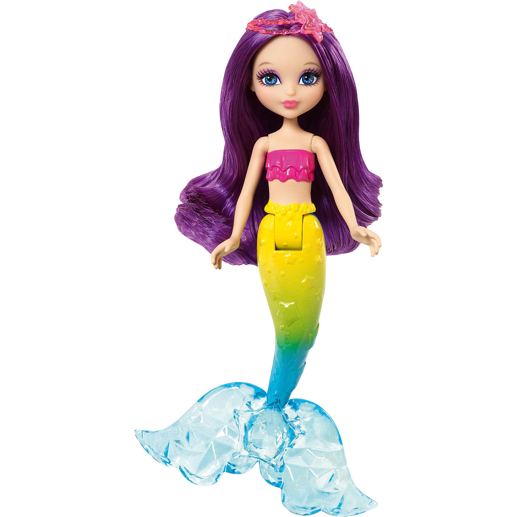 Русалочка, BarbieБарби Русалочка - это очень красивая кукла в с блестящими длинными волосами, которые можно расчесывать. У кукол подвижные руки, хвост, а голова поворачивается из стороны в сторону. Это отличный вариант подарка для любительницы кукол Барби. <br>Такие игрушки помогают развить мелкую моторику, логическое мышление и воображение ребенка. Эта игрушка выполнена из высококачественного прочного пластика, безопасного для детей, отлично детализирована.<br><br>Дополнительная информация:<br><br>цвет: разноцветный;<br>материал: пластик;<br>высота: 15 см;<br>размер упаковки: 21,5 x 12,5 x 4,5 см ;<br>вес: 135 г.<br><br>Куклу Русалочка, Barbie от компании Mattel можно купить в нашем магазине.<br><br>Ширина мм: 215<br>Глубина мм: 125<br>Высота мм: 45<br>Вес г: 135<br>Возраст от месяцев: 36<br>Возраст до месяцев: 72<br>Пол: Женский<br>Возраст: Детский<br>SKU: 4791103