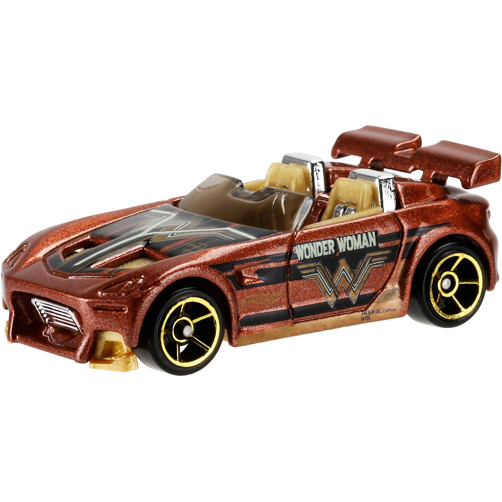 Машинка Бэтмен против Супермена, Hot WheelsБэтмен<br>Отличный подарок для любителей комиксов Marvel про супергероев - машинки от Hot Wheels. Машинка представляет собой модель, вдохновленную новым фильмом Бэтмен против Супермена: На заре справедливости. Из машинок в масштабе 1:64 можно собрать коллекцию! Игрушка выполнена так, что с виду она кажется точной копией настоящей машины супергероя благодаря внимательному отношению к деталям. Колесики машинки вращаются.<br>Игрушка имеет такой размер, при котором ребенку удобно держать её в руках, а также брать с собой в гости или на прогулку. Такие игрушки помогают развить мелкую моторику, логическое мышление и воображение ребенка. Эта игрушка выполнена из высококачественного прочного пластика, безопасного для детей.<br>  <br>Дополнительная информация:<br><br>масштаб: 1:64; <br>размер упаковки: 35 х 110 х 165 мм; <br>цвет: разноцветный;<br>материал: пластик., металл;<br>вес: 58 г.<br><br>Машинку Бэтмен против Супермена, Hot Wheels от компании Mattel можно купить в нашем магазине.<br><br>Ширина мм: 35<br>Глубина мм: 110<br>Высота мм: 165<br>Вес г: 58<br>Возраст от месяцев: 48<br>Возраст до месяцев: 84<br>Пол: Мужской<br>Возраст: Детский<br>SKU: 4791166