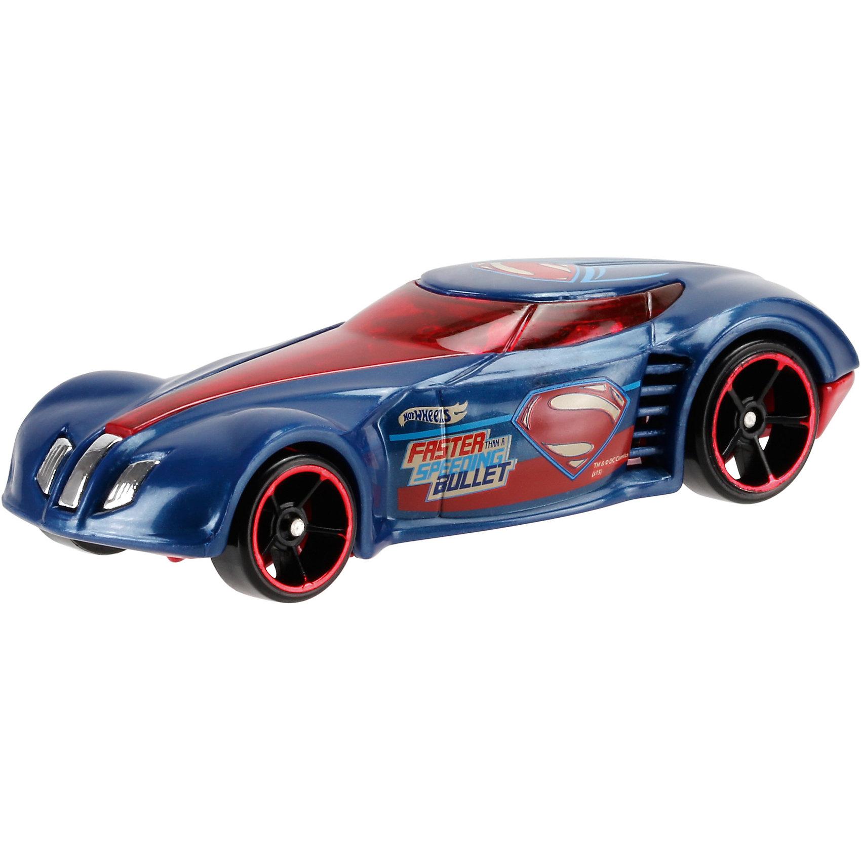 Машинка Бэтмен против Супермена, Hot WheelsОтличный подарок для любителей комиксов Marvel про супергероев - машинки от Hot Wheels. Машинка представляет собой модель, вдохновленную новым фильмом Бэтмен против Супермена: На заре справедливости. Из машинок в масштабе 1:64 можно собрать коллекцию! Игрушка выполнена так, что с виду она кажется точной копией настоящей машины супергероя благодаря внимательному отношению к деталям. Колесики машинки вращаются.<br>Игрушка имеет такой размер, при котором ребенку удобно держать её в руках, а также брать с собой в гости или на прогулку. Такие игрушки помогают развить мелкую моторику, логическое мышление и воображение ребенка. Эта игрушка выполнена из высококачественного прочного пластика, безопасного для детей.<br>  <br>Дополнительная информация:<br><br>масштаб: 1:64; <br>размер упаковки: 35 х 110 х 165 мм; <br>цвет: разноцветный;<br>материал: пластик., металл;<br>вес: 58 г.<br><br>Машинку Бэтмен против Супермена, Hot Wheels от компании Mattel можно купить в нашем магазине.<br><br>Ширина мм: 35<br>Глубина мм: 110<br>Высота мм: 165<br>Вес г: 58<br>Возраст от месяцев: 48<br>Возраст до месяцев: 84<br>Пол: Мужской<br>Возраст: Детский<br>SKU: 4791168