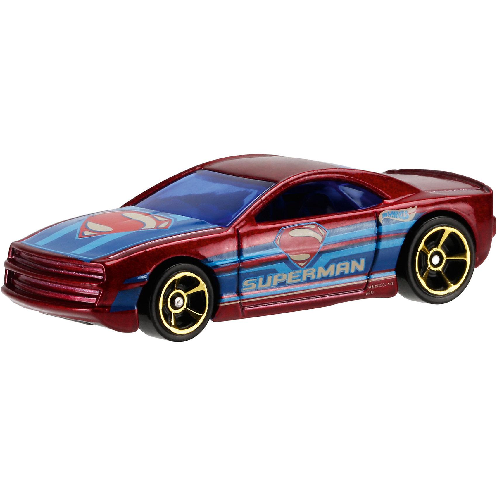 Машинка Бэтмен против Супермена, Hot WheelsОтличный подарок для любителей комиксов Marvel про супергероев - машинки от Hot Wheels. Машинка представляет собой модель, вдохновленную новым фильмом Бэтмен против Супермена: На заре справедливости. Из машинок в масштабе 1:64 можно собрать коллекцию! Игрушка выполнена так, что с виду она кажется точной копией настоящей машины супергероя благодаря внимательному отношению к деталям. Колесики машинки вращаются.<br>Игрушка имеет такой размер, при котором ребенку удобно держать её в руках, а также брать с собой в гости или на прогулку. Такие игрушки помогают развить мелкую моторику, логическое мышление и воображение ребенка. Эта игрушка выполнена из высококачественного прочного пластика, безопасного для детей.<br>  <br>Дополнительная информация:<br><br>масштаб: 1:64; <br>размер упаковки: 35 х 110 х 165 мм; <br>цвет: разноцветный;<br>материал: пластик., металл;<br>вес: 58 г.<br><br>Машинку Бэтмен против Супермена, Hot Wheels от компании Mattel можно купить в нашем магазине.<br><br>Ширина мм: 35<br>Глубина мм: 110<br>Высота мм: 165<br>Вес г: 58<br>Возраст от месяцев: 48<br>Возраст до месяцев: 84<br>Пол: Мужской<br>Возраст: Детский<br>SKU: 4791169
