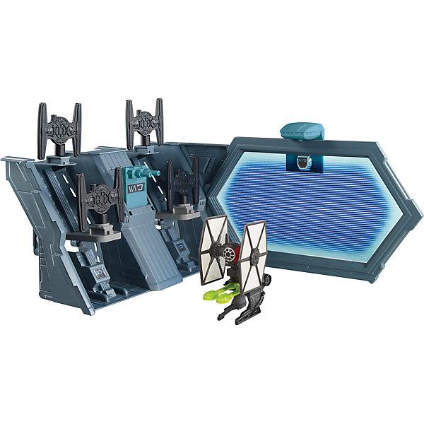 Игровой набор Звездные войны, Hot WheelsПопулярные игрушки<br>Отличный подарок любителю космической эпопеи - игровой набор Звездные войны, Hot Wheels. В комплект входит игровая площадка, звездолет Hot Wheels, фигурки и различные игровые аксессуары. Этот набор совместим с  другими наборами серии Star Wars Hot Wheels.<br>Игрушка имеет такой размер, при котором ребенку удобно держать её в руках, а также брать с собой в гости или на прогулку. Такие игрушки помогают развить мелкую моторику, логическое мышление и воображение ребенка. Эта игрушка выполнена из высококачественного прочного пластика, безопасного для детей.<br>  <br>Дополнительная информация:<br><br>цвет: разноцветный;<br>материал: пластик;<br>размер упаковки: 25,5 x 25.5 x 7 см;<br>вес: 474 г.<br><br>Игровой набор Звездные войны, Hot Wheels от компании Mattel можно купить в нашем магазине.<br>Ширина мм: 255; Глубина мм: 255; Высота мм: 70; Вес г: 475; Возраст от месяцев: 48; Возраст до месяцев: 144; Пол: Мужской; Возраст: Детский; SKU: 4791172;