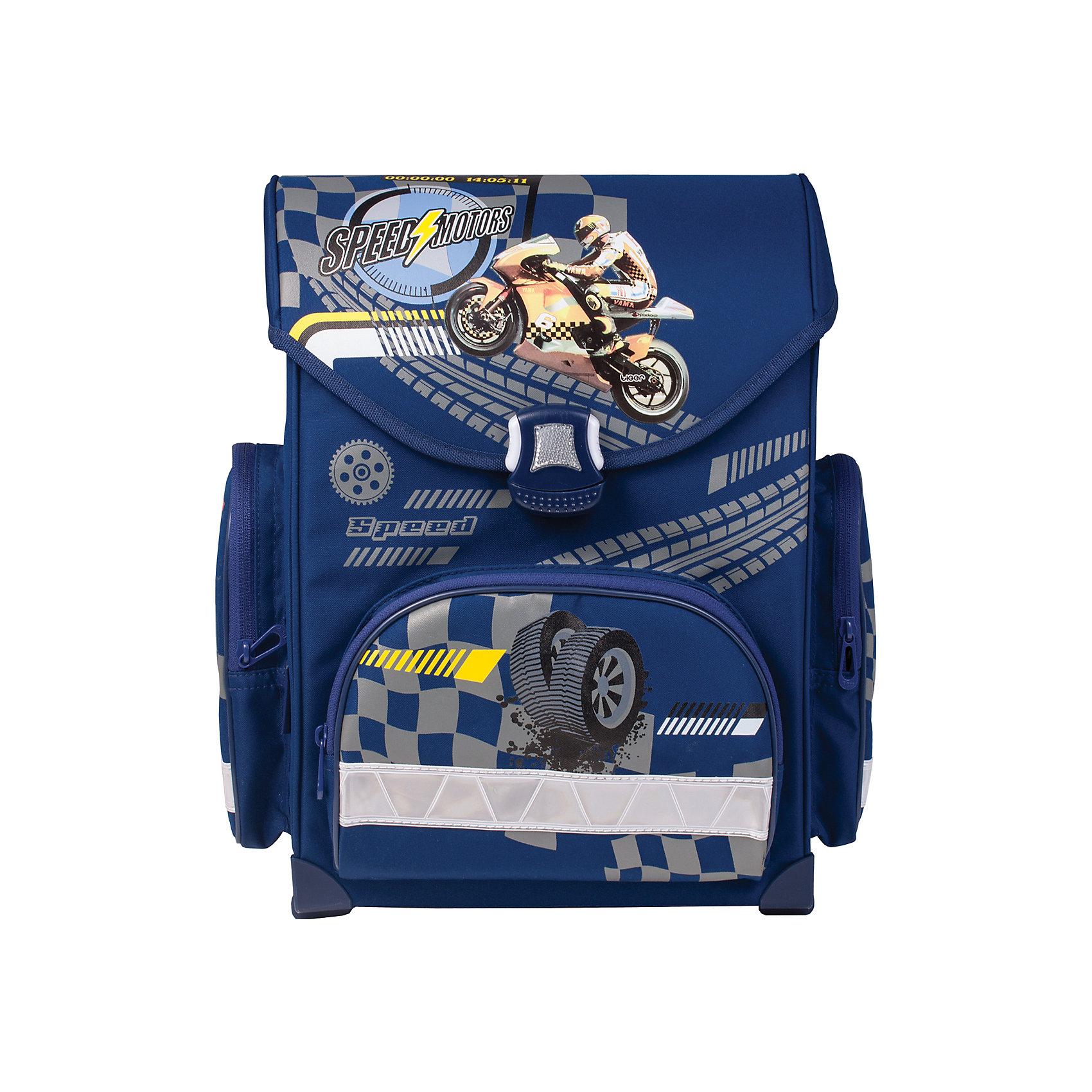 Ранец МотоциклХотите чтобы ваш сын собирался в школу быстро и с удовольствием? Подарите ему мотоцикл, яркий и объемный, на его новом ранце из прочного материала с удобной застежкой и комфортной спинкой.<br><br>Особенности:<br>- 1 отделение, 3 кармана;<br>- Прорезиненное дно;<br>- Формоустойчивая вентилируемая спинка;<br>- Широкие регулируемые лямки;<br>- Светоотражающие элементы;<br>- Водоотталкивающая ткань.<br><br>Дополнительная информация: <br><br>- Размер - 37х34х20 см.<br>- Объем - 14 л.<br>- Размер упаковки: 20х30х35 см.<br>- Вес в упаковке: 1,150 кг.<br><br>Ранец Мотоцикл можно купить в нашем магазине.<br><br>Ширина мм: 200<br>Глубина мм: 300<br>Высота мм: 350<br>Вес г: 1150<br>Возраст от месяцев: 72<br>Возраст до месяцев: 120<br>Пол: Мужской<br>Возраст: Детский<br>SKU: 4792802