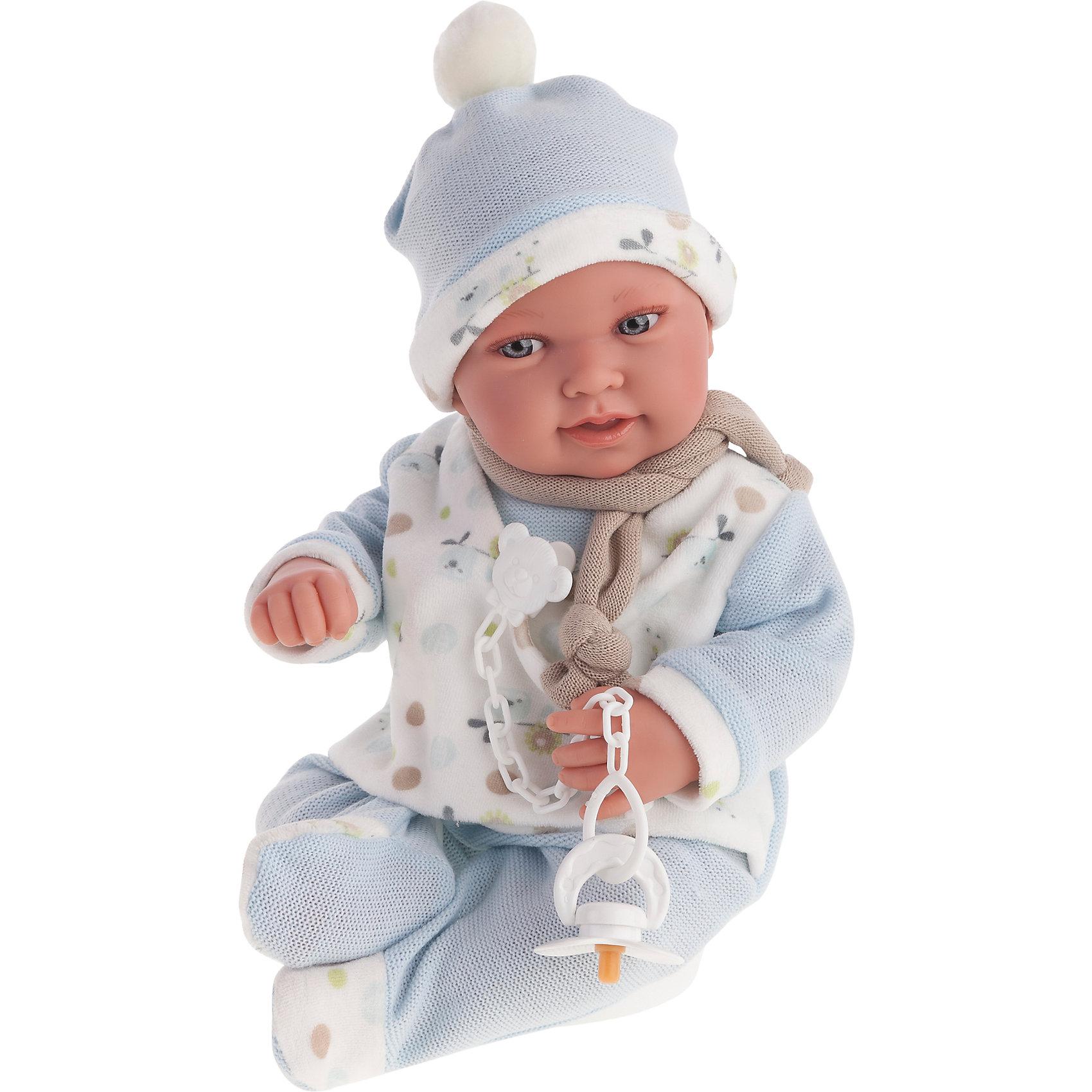 Кукла Камилло в голубом, 40 см, Munecas Antonio JuanКлассические куклы<br>Кукла Камилло в голубом, 40 см, Munecas Antonio Juan (Мунекас от Антонио Хуан) ? это очаровательный малыш от всемирно известного испанского бренда Мунекас от Антонио Хуан, который знаменит своими реалистичными куклами. Кукла изготовлена из винила высшего качества, ее тело ? мягконабивное, ручки и ножки подвижны, глазки не закрываются. <br>Выразительный взгляд голубых глазах, нежные черты лица, розовые щечки, пухленькие губки и курносый носик. Камилло умеет смеяться, если ему нажать на животик, при последующих нажатиях пупс произносит слова «мама» и «папа».<br>Кукла Камилло в голубом, 40 см, Munecas Antonio Juan (Мунекас от Антонио Хуан) разработана с учетом анатомических особенностей и мимики младенцев. Играя с пупсом, ваш ребенок реалистично проживает роль «мамы», учится ухаживать за малышом, заботиться о нем.<br>В комплекте с куклой идет соска, если ее достать из ротика ? малыш начинает плакать. Малыша Камилло можно смело брать с собой на прогулку: у него теплый дизайнерский комплект одежды, шапочка и теплый шарфик. Весь комплект одежды и его продуманные детали направлены на то, чтобы способствовать формированию чувства стиля и вкуса в одежде у вашей девочки.<br>Куклы JUAN ANTONIO munecas (Мунекас от Антонио Хуан) ? мечта девочки любого возраста!<br><br>Дополнительная информация:<br><br>- Вид игр: сюжетно-ролевые игры <br>- Дополнительные функции: смеется, произносит «мама» и «папа»<br>- Комплектация: кукла, соска<br>- Материал: пластик, винил, текстиль<br>- Высота куклы: 40 см<br>- Вес: 3 кг 300 г<br>- Особенности ухода: одежда ? ручная стирка, саму куклу мыть не рекомендуется <br><br>Подробнее:<br><br>• Для детей в возрасте: от 3 лет и до 6 лет<br>• Страна производитель: Испания<br>• Торговый бренд: JUAN ANTONIO munecas <br><br>Куклу Камилло в голубом, 40 см, Munecas Antonio Juan (Мунекас от Антонио Хуан) (Мунекас от Антонио Хуан) можно купить в нашем интернет-магазине.<br><br>Ширина мм: 5