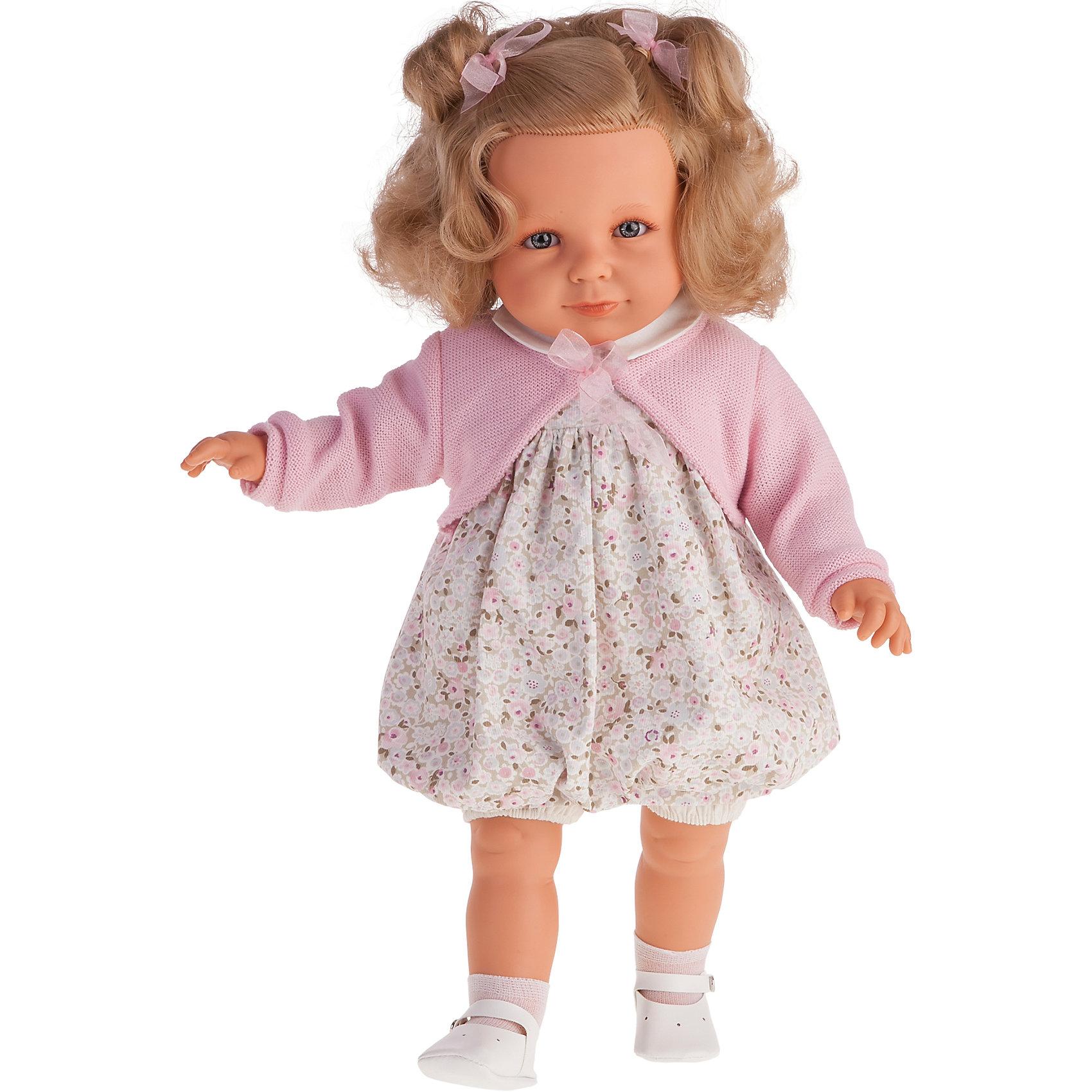 Кукла Нина в розовом, 55 см, Munecas Antonio JuanКлассические куклы<br>Кукла Нина в розовом, 55 см, Munecas Antonio Juan (Мунекас от Антонио Хуан) ? это очаровательная малышка от всемирно известного испанского бренда Мунекас от Антонио Хуан, который знаменит своими реалистичными куклами. Кукла изготовлена из винила высшего качества, ее тело ? мягконабивное. Ручки и ножки подвижны, глазки не закрываются. <br>Маленькая девочка Нина с озорными русыми локонами, с голубыми глазами, нежными чертами лица, розовыми щечками и пухленькими губками. Длинные волосы Нины позволят их укладывать в разные прически или заплетать косички. Нина уже большая девочка, она весело смеется, говорит «мама» и «папа». Эта малышка непременно станет лучшей подружкой для вашей дочери.<br>Кукла Нина в розовом, 55 см, Munecas Antonio Juan (Мунекас от Антонио Хуан) разработана с учетом анатомических особенностей и мимики младенцев. Играя с куклой, ваш ребенок реалистично проживает роль «мамы», учится ухаживать за малышом, заботиться о нем.<br>Нина ? настоящая модница. Ее нежное платьице разработано современными европейскими дизайнерами, поверх платья на Нине надето розовое болеро с завязками. На ножках носочки и белые ботиночки. Весь комплект одежды демонстрирует чувство стиля и вкуса в одежде.<br>Куклы JUAN ANTONIO munecas (Мунекас от Антонио Хуан) ? мечта девочки любого возраста!<br><br>Дополнительная информация:<br><br>- Вид игр: сюжетно-ролевые игры <br>- Дополнительные функции: смеется, говорит «мама» и «папа»<br>- Материал: пластик, винил, текстиль<br>- Высота куклы: 55 см<br>- Вес: 10 кг 050 г<br>- Батарейки: 3 шт. АА<br>- Особенности ухода: одежда ? ручная стирка, саму куклу мыть не рекомендуется <br><br>Подробнее:<br><br>• Для детей в возрасте: от 3 лет и до 6 лет<br>• Страна производитель: Испания<br>• Торговый бренд: JUAN ANTONIO munecas <br><br>Куклу Нину в розовом, 55 см, Munecas Antonio Juan (Мунекас от Антонио Хуан) можно купить в нашем интернет-магазине.<br><br>Ширина мм: 590<br>Глуби