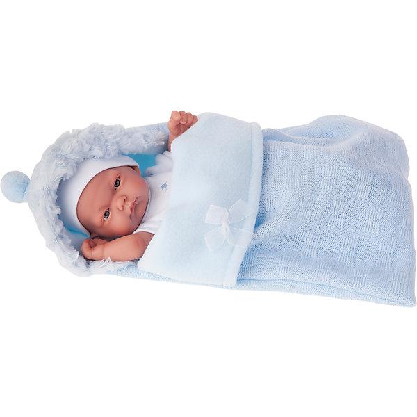 Кукла-младенец Карлос в конверте, голубой, 26 см, Munecas Antonio JuanКуклы<br>Кукла-младенец Карлос в конверте, голубой, 26 см, Munecas Antonio Juan (Мунекас от Антонио Хуан) ? этот малыш от всемирно известного испанского бренда Мунекас от Антонио Хуан, который знаменит своими реалистичными куклами. Кукла изготовлена из винила высшего качества, ее тело ? полностью виниловое. Ручки и ножки подвижны, глазки не закрываются. <br>Карлос полностью имитирует новорожденного ребенка. Его серьезный сосредоточенный взгляд, чуть надутые губки и ручки, зажатые в кулачки, не оставят равнодушными ни одну девочку.<br>Кукла-младенец Карлос в конверте, голубой, 26 см, Munecas Antonio Juan (Мунекас от Антонио Хуан) разработана с учетом анатомических особенностей и мимики младенцев. Играя с куклой, ваш ребенок реалистично проживает роль «мамы», учится ухаживать за малышом, заботиться о нем.<br>В комплекте с Карлосом имеется приданное для новорожденного: белый костюмчик с голубыми шортиками в горошек, мягкая пеленочка, нагрудник для кормления и теплый голубой конверт для прогулок. Особое удовольствие вашей дочери доставит купание Карлоса.<br>Куклы JUAN ANTONIO munecas (Мунекас от Антонио Хуан) ? мечта девочки любого возраста!<br><br>Дополнительная информация:<br><br>- Вид игр: сюжетно-ролевые игры <br>- Материал: кукла полностью виниловая<br>- Комплектация: пеленка, костюмчик, конверт, нагрудник, чепчик <br>- Высота куклы: 26 см<br>- Вес: 2 кг 680 г<br>- Особенности ухода: одежда ? ручная стирка, куклу можно купать <br><br>Подробнее:<br><br>• Для детей в возрасте: от 3 лет и до 6 лет<br>• Страна производитель: Испания<br>• Торговый бренд: JUAN ANTONIO munecas <br><br>Куклу-младенца Карлос в конверте, голубого, 26 см, Munecas Antonio Juan (Мунекас от Антонио Хуан) можно купить в нашем интернет-магазине.<br><br>Ширина мм: 350<br>Глубина мм: 200<br>Высота мм: 125<br>Вес г: 2680<br>Возраст от месяцев: 36<br>Возраст до месяцев: 72<br>Пол: Женский<br>Возраст: Детский<br>SKU: 4792866
