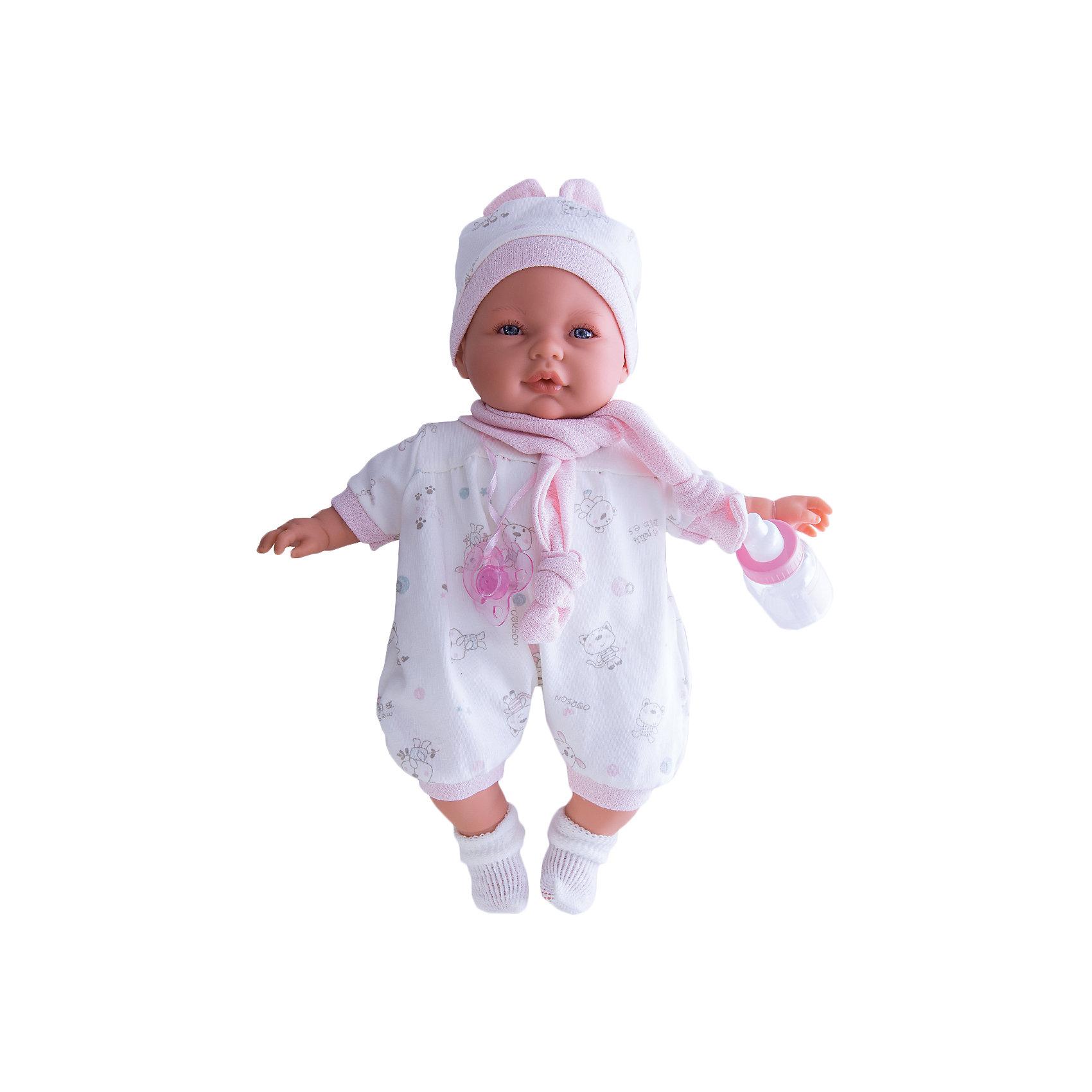 Кукла София в розовом, 37 см, Munecas Antonio JuanКукла София в розовом, 37см, Munecas Antonio Juan (Мунекас от Антонио Хуан) ? это очаровательная малышка от всемирно известного испанского бренда Мунекас от Антонио Хуан, который знаменит своими реалистичными куклами. Кукла изготовлена из винила высшего качества, ручки и ножки подвижны, глазки не закрываются. <br>Выразительный взгляд голубых глазах, нежные черты лица, розовые щечки, пухленькие губкеи и курносый носик ? малышка София очарует даже самую взыскательную девочку!<br>Кукла София в розовом, 37см, Munecas Antonio Juan (Мунекас от Антонио Хуан) разработана с учетом анатомических особенностей и мимики младенцев. Играя с Софией, ваш ребенок реалистично проживает роль «мамы», учится ухаживать за малышом, заботиться о нем.<br>В комплекте с куклой идет соска и бутылочка. Если соску достать из ротика, София начинает плакать, успокаивается она, когда соску возвращают обратно в ротик. <br>Одежда куклы разработана современными европейскими дизайнерами: нежный комбинезон с розовыми манжетами, шапочка с ушками и белые носочки. Вокруг шеи повязан розовый шарфик. Весь комплект одежды и его продуманные детали направлены на то, чтобы способствовать формированию чувства стиля и вкуса в одежде у вашей девочки.<br>Куклы JUAN ANTONIO munecas (Мунекас от Антонио Хуан) ? мечта девочки любого возраста!<br><br>Дополнительная информация:<br><br>- Вид игр: сюжетно-ролевые игры <br>- Дополнительные функции: плачет<br>- Комплектация: кукла, соска, бутылочка<br>- Материал: пластик, винил, текстиль<br>- Высота куклы: 37 см<br>- Вес: 6 кг 120 г<br>- Батарейки: 3 шт. АА<br>- Особенности ухода: одежда ? ручная стирка<br><br>Подробнее:<br><br>• Для детей в возрасте: от 3 лет и до 6 лет<br>• Страна производитель: Испания<br>• Торговый бренд: JUAN ANTONIO munecas <br><br>Куклу Софию в розовом 37 см, Munecas Antonio Juan  (Мунекас от Антонио Хуан) можно купить в нашем интернет-магазине.<br><br>Ширина мм: 440<br>Глубина мм: 245<br>Высота мм: 120<