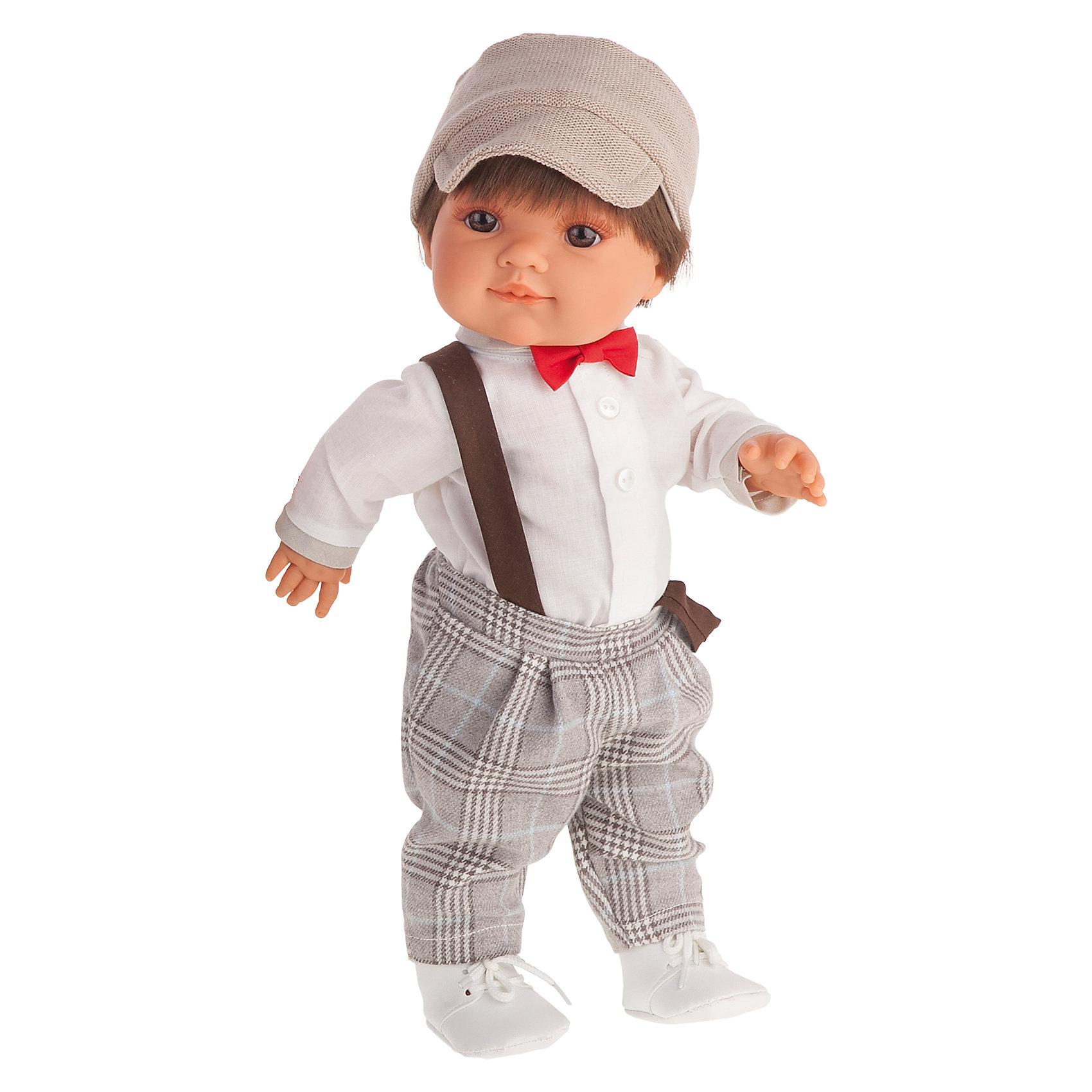 Кукла Фернандо, 38 см, Munecas Antonio JuanБренды кукол<br>Кукла Фернандо, 38 см, Munecas Antonio Juan (Мунекас от Антонио Хуан) ? это очаровательный и стильный мальчик от всемирно известного испанского бренда Мунекас от Антонио Хуан, который знаменит своими реалистичными куклами. Кукла изготовлена из винила высшего качества, ручки и ножки подвижны, глазки не закрываются, голова поворачивается в стороны. <br>Кукла Фернандо, 38 см, Munecas Antonio Juan (Мунекас от Антонио Хуан) разработана с учетом анатомических особенностей и мимики младенцев. У него карие глаза, а из-под кепки пробиваются короткие каштановые волосы. Играя с Фернандо, ваш ребенок научится опрятности и аккуратности в одежде, научится стильно и красиво одеваться.<br>У Фернандо праздничный наряд: белая рубашка, клетчатые брюки на подтяжках и белоснежные ботинки. Ярким элементом наряда является ярко-красная бабочка, повязанная под воротником рубашки.<br>Кукла Фернандо, 38 см, Munecas Antonio Juan (Мунекас от Антонио Хуан) ? идеальный подарок для девочки любого возраста!<br><br>Дополнительная информация:<br><br>- Вид игр: сюжетно-ролевые игры <br>- Материал: винил, текстиль<br>- Высота куклы: 38 см<br>- Вес: 19 кг 728 г<br>- Особенности ухода: одежда ? ручная стирка, куклу можно мыть <br><br>Подробнее:<br><br>• Для детей в возрасте: от 3 лет и до 6 лет<br>• Страна производитель: Испания<br>• Торговый бренд: JUAN ANTONIO munecas <br><br>Куклу Фернандо, 38 см, Munecas Antonio Juan (Мунекас от Антонио Хуан) можно купить в нашем интернет-магазине.<br><br>Ширина мм: 440<br>Глубина мм: 245<br>Высота мм: 120<br>Вес г: 1978<br>Возраст от месяцев: 36<br>Возраст до месяцев: 72<br>Пол: Женский<br>Возраст: Детский<br>SKU: 4792877