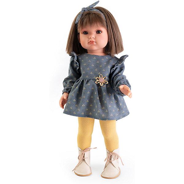 Белла в синем платье, 45см, Munecas Antonio JuanБренды кукол<br>Белла в синем платье, 45 см, Munecas Antonio Juan (Мунекас от Антонио Хуан) ? это новый образ серии кукол от всемирно известного испанского бренда Мунекас от Антонио Хуан, который знаменит своими реалистичными куклами. Кукла изготовлена из винила высшего качества с добавлением силикона. Это куклы в образе подросших девочек, которые уже умеют разбираться в стильной одежде и правильно подбирать комплекты в зависимости от сезона. Эти куклы имеют стройную фигуру и милые выражения лица. Руки и ноги у куклы подвижны, голова поворачивается в стороны, глаза не закрываются. <br>У Беллы – новый образ. Она блондинка с голубыми глазами. Эта симпатичная юная леди непременно станет лучшей подружкой для вашей дочери.<br>Белла в синем платье, 45 см, Munecas Antonio Juan (Мунекас от Антонио Хуан) научит вашу девочку чувствовать стиль в одежде, отличать дизайнерские вещи и правильно подбирать комплекты.<br>Белла демонстрирует платье со светлым верхом и  вельветовой синей юбкой, дополненное розовым ремешком. На ногах у нее белые туфли. На голове повязка для волос синего цвета с розовыми цветочными элементами. Весь показывает как правильно сочетать аксессурами с основной одеждой, чтобы это смотрелось модно и современно.<br>Куклы JUAN ANTONIO munecas (Мунекас от Антонио Хуан) ? мечта девочки любого возраста!<br><br>Дополнительная информация:<br><br>- Вид игр: сюжетно-ролевые игры <br>- Материал: винил, текстиль<br>- Высота куклы: 45 см<br>- Вес: 18 кг 300 г<br>- Особенности ухода: одежда ? ручная стирка, куклу можно купать <br><br>Подробнее:<br><br>• Для детей в возрасте: от 3 лет и до 6 лет<br>• Страна производитель: Испания<br>• Торговый бренд: JUAN ANTONIO munecas <br><br>Беллу в синем платье, 45 см, Munecas Antonio Juan (Мунекас от Антонио Хуан) можно купить в нашем интернет-магазине.<br><br>Ширина мм: 530<br>Глубина мм: 275<br>Высота мм: 135<br>Вес г: 1830<br>Возраст от месяцев: 36<br>Возраст до месяцев: 72<br>Пол: Жен