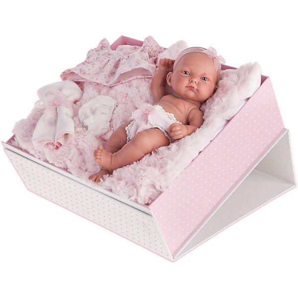 Кукла-младенец Карла в чемодане, розовый, 26 см, Munecas Antonio JuanБренды кукол<br>Кукла-младенец Карла в чемодане, розовый, 26 см, Munecas Antonio Juan (Мунекас от Антонио Хуан) ? этот малышка от всемирно известного испанского бренда Мунекас от Антонио Хуан, который знаменит своими реалистичными куклами. Кукла полностью изготовлена из винила высшего качества. Ручки и ножки подвижны, голова поворачивается в стороны, глазки не закрываются. <br>Карла полностью имитирует новорожденного ребенка. Ее серьезный сосредоточенный взгляд, чуть надутые губки и ручки, зажатые в кулачки, не оставят равнодушными ни одну девочку.<br>Кукла-младенец Карла в чемодане, розовый, 26 см, Munecas Antonio Juan (Мунекас от Антонио Хуан) разработана с учетом анатомических особенностей и мимики младенцев. Играя с куклой, ваш ребенок реалистично проживает роль «мамы», учится ухаживать за малышом, заботиться о нем.<br>В комплекте с Карлой имеется приданное для новорожденного: нежное розовое платьице, белые трусики, мягкая пеленочка и мягкая подушка. Особое удовольствие вашей дочери доставит купание Карлы в воде.<br>Куклы JUAN ANTONIO munecas (Мунекас от Антонио Хуан) Кукла-младенец Карла в чемодане, розовый, 26 см, Munecas Antonio Juan (Мунекас от Антонио Хуан) мечта девочки любого возраста! <br>Кукла-младенец Карла в чемодане, розовый, 26 см, Munecas Antonio Juan (Мунекас от Антонио Хуан)   – идеальный подарочный вариант для девочки к любому празднику.<br>Дополнительная информация:<br><br>- Вид игр: сюжетно-ролевые игры <br>- Материал: винил<br>- Комплектация: пеленка, платьице и трусики, мягкая подушка <br>- Высота куклы: 26 см<br>- Вес: 8 кг 244 г<br>- Особенности ухода: одежда ? ручная стирка, куклу можно купать <br><br>Подробнее:<br><br>• Для детей в возрасте: от 3 лет и до 6 лет<br>• Страна производитель: Испания<br>• Торговый бренд: JUAN ANTONIO munecas <br><br>Кукла-младенец Карла в конверте, розовый, 26 см, Munecas Antonio Juan (Мунекас от Антонио Хуан) можно купить в нашем интернет-м