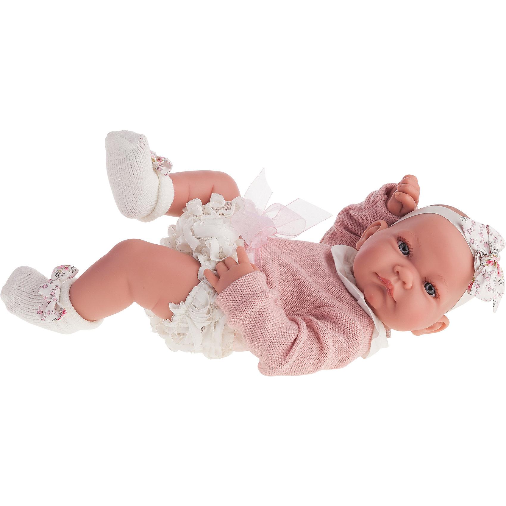 Кукла-младенец Эмма, 42 см, Munecas Antonio JuanКлассические куклы<br>Кукла-младенец Эмма, 42 см, Munecas Antonio Juan (Мунекас от Антонио Хуан) ? это очаровательная малышка от всемирно известного испанского бренда Мунекас от Антонио Хуан, который знаменит своими реалистичными куклами. Кукла изготовлена из винила высшего качества, ручки и ножки подвижны, голова поворачивается в стороны, глазки не закрываются. <br>Нежные черты лица, розовые щечки, пухленькие губки, курносый носик.  <br>Кукла-младенец Эмма, 42 см, Munecas Antonio Juan (Мунекас от Антонио Хуан) разработана с учетом анатомических особенностей и мимики младенцев. Играя с пупсом, ваш ребенок реалистично проживает роль «мамы», учится ухаживать за малышом, заботиться о нем.<br>Эмма одета в ажурные трусики, розовую кофточку, на ножках носочки, на голове стильная повязка.<br>Куклы JUAN ANTONIO munecas (Мунекас от Антонио Хуан) ? мечта девочки любого возраста!<br><br>Дополнительная информация:<br><br>- Вид игр: сюжетно-ролевые игры <br>- Материал: винил, текстиль<br>- Высота куклы: 42 см<br>- Особенности ухода: одежда ? ручная стирка, куклу можно купать <br><br>Подробнее:<br><br>• Для детей в возрасте: от 3 лет и до 6 лет<br>• Страна производитель: Испания<br>• Торговый бренд: JUAN ANTONIO munecas <br><br>Куклу-младенца Эмму, 42 см, Munecas Antonio Juan (Мунекас от Антонио Хуан) (Мунекас от Антонио Хуан) можно купить в нашем интернет-магазине.<br><br>Ширина мм: 505<br>Глубина мм: 265<br>Высота мм: 160<br>Вес г: 7300<br>Возраст от месяцев: 36<br>Возраст до месяцев: 72<br>Пол: Женский<br>Возраст: Детский<br>SKU: 4792900