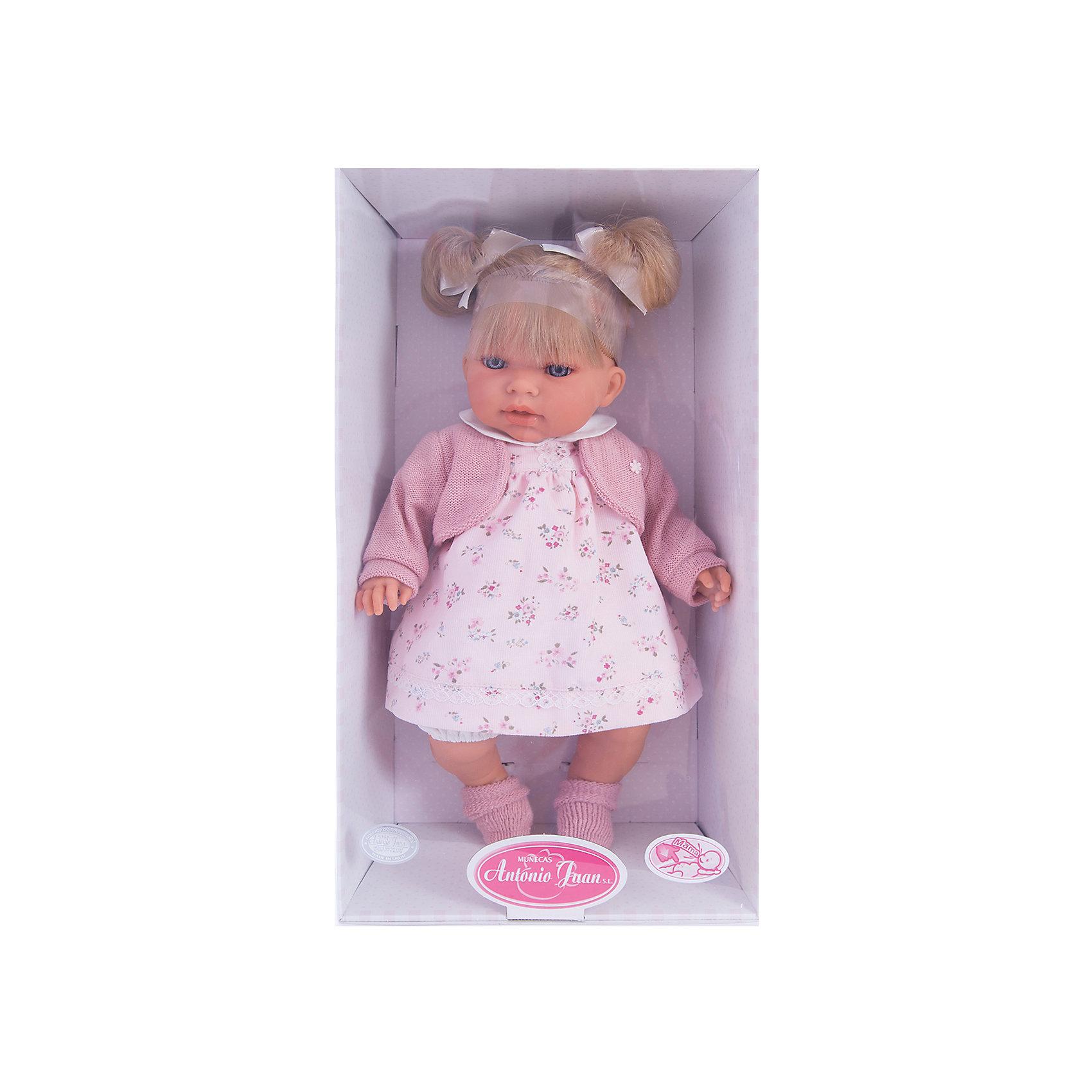 Кукла Лорена в розовом, 37см, Munecas Antonio JuanКлассические куклы<br>Кукла Лорена в розовом, 37 см, Munecas Antonio Juan (Мунекас от Антонио Хуан) ? это очаровательная маленькая девочка от всемирно известного испанского бренда Мунекас от Антонио Хуан, который знаменит своими реалистичными куклами. Кукла изготовлена из винила высшего качества, ее тело ? мягконабивное, ручки и ножки подвижны, голова поворачивается в стороны, глазки не закрываются. <br>Нежные черты лица, розовые щечки, пухленькие губки, курносый носик и светло русые волосы, собранные в два очаровательных хвостика.  Лорена умеет смеяться и говорить «мама» и «папа», если ей нажать на животик. <br>Кукла Лорена в розовом, 37 см, Munecas Antonio Juan (Мунекас от Антонио Хуан) разработана с учетом анатомических особенностей и мимики младенцев. Играя с пупсом, ваш ребенок реалистично проживает роль «мамы», учится ухаживать за малышом, заботиться о нем.<br>У малышки Лорены красивый наряд: нежное платьице с цветочным принтом, теплая розовая кофточка, на ножках розовые носочки.<br>Куклы JUAN ANTONIO munecas (Мунекас от Антонио Хуан) ? мечта девочки любого возраста!<br><br>Дополнительная информация:<br><br>- Вид игр: сюжетно-ролевые игры <br>- Дополнительные функции: смеется, говорит «мама» и «папа»<br>- Материал: пластик, винил, текстиль<br>- Высота куклы: 37 см<br>- Вес: 6 кг 300 г<br>- Батарейки: 3 шт. 3 LR44 (в комплекте)<br>- Особенности ухода: одежда ? ручная стирка, саму куклу мыть не рекомендуется <br><br>Подробнее:<br><br>• Для детей в возрасте: от 3 лет и до 6 лет<br>• Страна производитель: Испания<br>• Торговый бренд: JUAN ANTONIO munecas <br><br>Куклу Лорену в розовом, 37 см, Munecas Antonio Juan (Мунекас от Антонио Хуан) (Мунекас от Антонио Хуан) можно купить в нашем интернет-магазине.<br><br>Ширина мм: 440<br>Глубина мм: 245<br>Высота мм: 120<br>Вес г: 6300<br>Возраст от месяцев: 36<br>Возраст до месяцев: 72<br>Пол: Женский<br>Возраст: Детский<br>SKU: 4794379