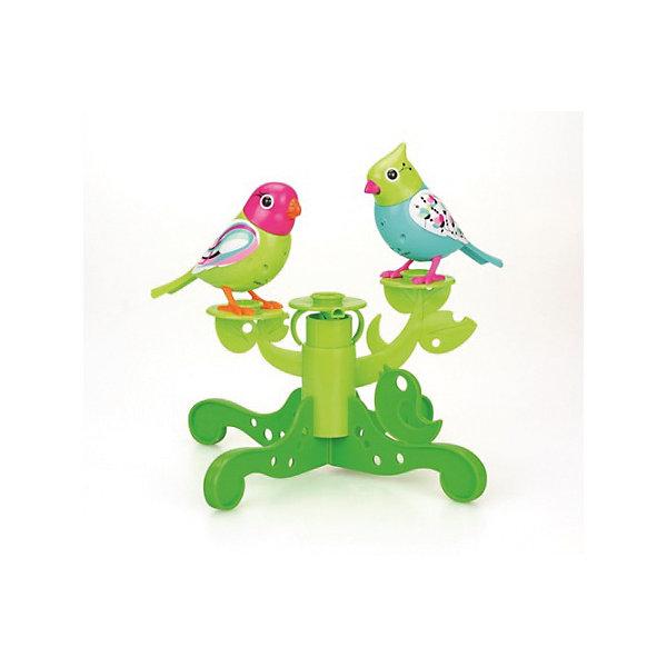 Две птички с деревом, DigiBirdsИнтерактивные животные<br>Две птички с деревом, зеленые, DigiBirds, Silverlit (Сильверлит) ? интерактивный комплект от мирового производителя детских товаров Silverlit (Сильверлит). Птички располагаются на ветвят деревьев. Их творческий репертуар состоит из 55 песенок, которые исполняются как в сольном виде, так и в хоровом, они не только поют заученные песенки, но и способны разучивать новые. Птички выполнены из высокопрочного пластика ярких расцветок. Активируется птички тремя способами: достаточно подуть или посвистеть в свисток, который идет в комплекте, или резко взмахнуть по воздуху, держа птичек в руках. <br>Две птички с деревом, зеленые, DigiBirds, Silverlit (Сильверлит)  ? совершенно уникальная игрушка, которая не только развлекает вашего ребенка, но и занимается его музыкальным развитием. В первую очередь, она способствует формированию музыкального слуха и памяти. Простые действия: подуть в свисток, подуть на сову ? простые, но очень эффективные упражнения, которые направлены на развитие речевого аппарата.<br>Две птички с деревом, зеленые, DigiBirds, Silverlit (Сильверлит) ? это не только миниатюрный музыкальный центр для вашего ребенка, но и оригинальный предмет интерьера.<br><br>Дополнительная информация:<br><br>- Вид игр: сюжетно-ролевые игры <br>- Предназначение: для дома<br>- Дополнительные функции: синхронизация со всеми персонажами DigiFriends; совместимость с другими наборами птичек с деревом<br>- Батарейки: 3 шт. LR44<br>- Материал: высококачественный пластик<br>- Размер (ДхШхВ): 5,7*24,8*24,8 см<br>- Вес: 330 г<br>- Комплектация: 2 птички, свисток-кольцо, инструкция, подставка-дерево, батарейки<br>- Особенности ухода: протирать влажной губкой<br><br>ВНИМАНИЕ! Данный артикул имеется в наличии в разных цветовых исполнениях (зеленый, желтый). К сожалению, заранее выбрать определенный цвет невозможно. <br><br>Подробнее:<br><br>• Для детей в возрасте: от 3 лет и до 7 лет <br>• Страна производитель: Китай<br>• Торговый бр
