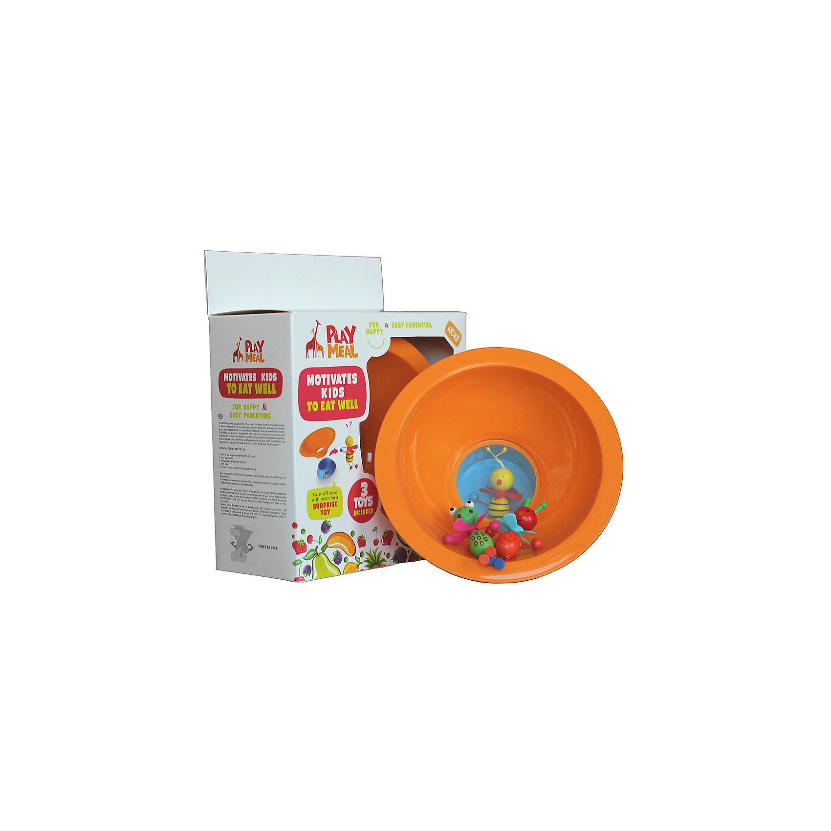 Тарелка+ 3 деревянные игрушки Букашки, PLAYMEALТарелка+ 3 деревянные игрушки Букашки – это прекрасное решение для детишек, которые малоежки! Тарелка PLAYMEAL + 3 деревянные игрушки в красивой подарочной упаковке. У тарелки есть прозрачное дно и потайной отсек для сюрприза. Ребенок может увидеть сюрприз только тогда, когда все съест! Можно использовать свои игрушки, если они подходят по размеру. Размер отсека для сюрприза: диаметр - 61 мм, высота - 34 мм. Это может быть как игрушка, так, и какая-нибудь вкусняшка  (мармелад или печенье) - любой сюрприз, которым Вы хотите порадовать малыша. Тарелка PlayMeal — это разработка молодой мамы. Тарелка призвана в мягкой игровой форме поможет приучить ребенка к здоровой еде.<br><br>Дополнительная информация: <br><br>- материал: сертифицированный пищевой пластик.<br> - подходит для посудомоечной машины и микроволновой печи  <br>- нескользящее силиконовое покрытие дна уже по достоинству оценили множество мам и пап разных стран, попробуйте  и Вы!<br><br>Тарелку+ 3 деревянные игрушки Букашки, Playmeal  можно купить в нашем интернет-магазине.<br><br>Ширина мм: 250<br>Глубина мм: 150<br>Высота мм: 150<br>Вес г: 150<br>Возраст от месяцев: -2147483648<br>Возраст до месяцев: 2147483647<br>Пол: Унисекс<br>Возраст: Детский<br>SKU: 4801613