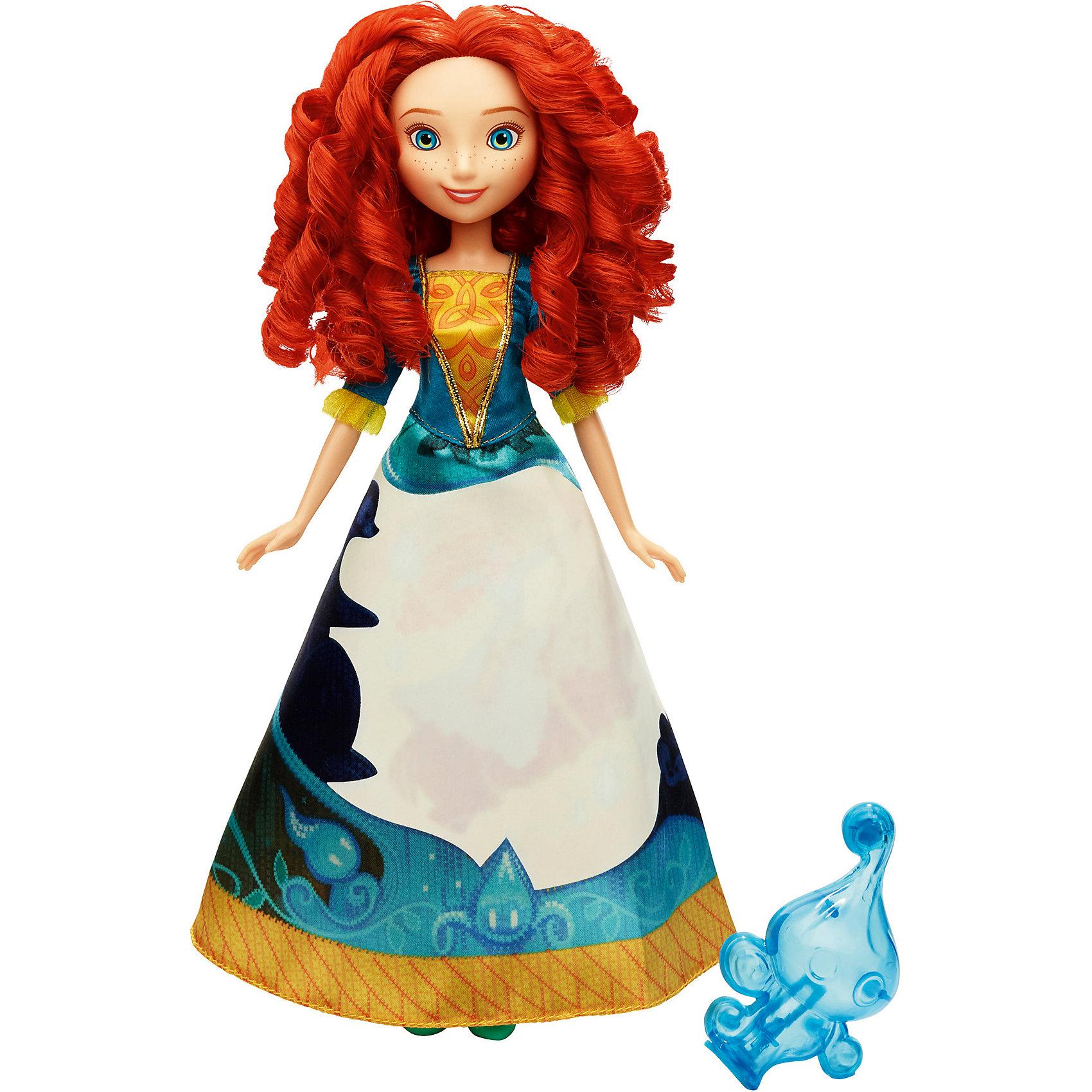 Модная кукла Анна в юбке с проявляющимся принтом, Принцессы ДиснейИгрушки<br>Модная кукла Принцесса в юбке с проявляющимся принтом, Принцессы Дисней (Disney Princess), станет прекрасным подарком для всех маленьких поклонниц диснеевских сказок. В комплект входит кукла в удивительной юбке с проявляющимися принтом и сосуд для воды. В ассортименте представлены 3 куклы: Рапунцель, Золушка и Мерида. Каждая принцесса одета в роскошное бальное платье, большую часть которого занимает белая область. Намочив юбку с помощью специальной емкости для воды, Вы увидите, как на ней проявляется красивый рисунок с эпизодом из сказочной истории героини. Когда юбка высохнет, узор вновь пропадет. Емкость для воды выполнена в форме характерных аксессуаров героинь - волшебная палочка у Золушки, у Рапунцель - волшебная кисть, а у Мериды - волшебный флакон.  <br><br>Дополнительная информация:  <br><br>- В комплекте: кукла, емкость для воды. <br>- Материал: пластик, текстиль. <br>- Высота куклы: 28 см. <br>- Размер упаковки: 20,3 x 6,4 x 32,4 см. <br>- Вес: 0,301 кг.  <br><br>Модную куклу Принцесса в юбке с проявляющимся принтом, Принцессы Дисней (Disney Princess), можно купить в нашем интернет-магазине.<br><br>Ширина мм: 64<br>Глубина мм: 203<br>Высота мм: 324<br>Вес г: 301<br>Возраст от месяцев: 36<br>Возраст до месяцев: 144<br>Пол: Женский<br>Возраст: Детский<br>SKU: 4803326
