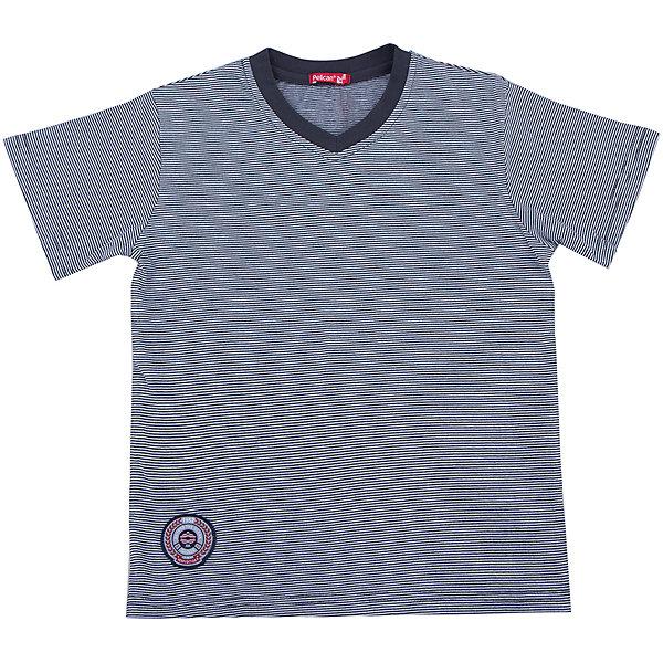 Футболка для мальчика PELICANФутболки, поло и топы<br>Стильная футболка для мальчика поможет разнообразить гардероб ребенка, создать легкий подходящий погоде ансамбль. Удобный крой и качественный материал обеспечат ребенку комфорт при ношении этих вещей. <br>Футболка очень стильно смотрится благодаря актуальному дизайну. Изделие украшено нашивкой, рукава короткие, горловой вырез отделан контрастной окантовкой. Материал - легкий, но прочный, отлично подходит для детской одежды, состоит из дышащего натурального хлопка. Очень приятен на ощупь, не вызывает аллергии.<br><br>Дополнительная информация:<br><br>материал: 100% хлопок;<br>цвет: серый;<br>нашивка.<br><br>Футболку для мальчика от бренда PELICAN (Пеликан) можно купить в нашем магазине.<br><br>Ширина мм: 199<br>Глубина мм: 10<br>Высота мм: 161<br>Вес г: 151<br>Цвет: серый<br>Возраст от месяцев: 84<br>Возраст до месяцев: 96<br>Пол: Мужской<br>Возраст: Детский<br>Размер: 128,134,140,116,122<br>SKU: 4804849