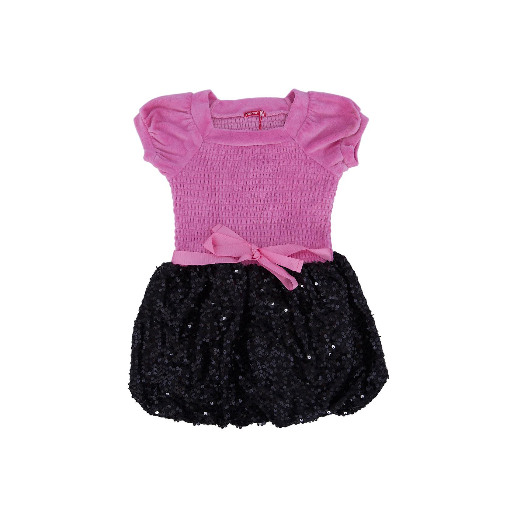 Платье для девочки PELICANМодное платье для девочки смотрится очень нарядно. Оно поможет разнообразить гардероб ребенка, создать подходящий погоде ансамбль. Удобный крой и качественный материал обеспечат ребенку комфорт при ношении этих вещей. <br>Верх платья сделан из приятного на ощупь велюра, низ - украшен блестящими пайетками. Мягкий легкий велюр, отлично подходит для детской одежды. Материал платья состоит преимущественно из дышащего натурального хлопка. <br><br>Дополнительная информация:<br><br>материал: 80% хлопок, 20% полиэстер, верх - 100% полиэстер (велюр);<br>цвет: розовый;<br>низ украшен пайетками.<br><br>Платье для девочки от бренда PELICAN (Пеликан) можно купить в нашем магазине.<br><br>Ширина мм: 236<br>Глубина мм: 16<br>Высота мм: 184<br>Вес г: 177<br>Цвет: розовый<br>Возраст от месяцев: 36<br>Возраст до месяцев: 48<br>Пол: Женский<br>Возраст: Детский<br>Размер: 104,110,98<br>SKU: 4804953