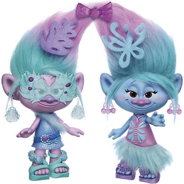Набор Модные близнецы, ТроллиИгрушки<br>Характеристики набора Модные близнецы:<br><br>- возраст: от 4 лет<br>- пол: для мальчиков и девочек<br>- комплект: 2 куклы, 2 наряда, 2 пары обуви, 2 пары сережек, 5 аксессуаров.<br>- материал: пластик.<br>- размер игрушки: 22.5 см (высота фигурок).<br>- упаковка: картонная коробка блистерного типа.<br>- страна обладатель бренда: США.<br><br>В игровом наборе DreamWorks (ДримВоркс) Модные близнецы из серии Тролли торговой марки Hasbro (Хасбо) включает в себя 2 небольшие - каждая фигурка ростом около 23 см. Несмотря на разный цвет кожи - у одной голубой, у второй розовый, - они очень похожи. В комплекте с ними идет целый ряд аксессуаров. В их числе присутствует и маленький гребешок, при помощи которого можно будет расчесывать густые цветастые волосы троллей. Кроме того, в комплекте имеются серьги, миниатюрные очки и даже заколка для волос, позволяющая скрепить прически модных близнецов вместе.<br>Игровой набор DreamWorks (ДримВоркс) Тролли: Модные близнецы торговой марки Hasbro (Хасбо), помимо всего прочего, включает в себя съемные платья, а также обувь. Играя с комплектом ребенок сможет экспериментировать с имиджем обоих игрушечных близнецов Satin &amp; Chenilles Style. Ручки близняшек подвижны.<br><br>Набор Модные близнецы можно купить в нашем интернет-магазине.<br><br>Ширина мм: 354<br>Глубина мм: 253<br>Высота мм: 81<br>Вес г: 489<br>Возраст от месяцев: 48<br>Возраст до месяцев: 96<br>Пол: Женский<br>Возраст: Детский<br>SKU: 4811758