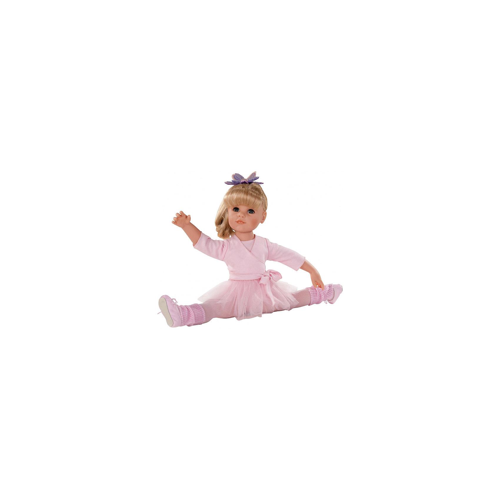 Кукла Ханна Балерина, 50см, блондинка, G?tzОчаровательная кукла Ханна-балерина станет замечательным подарком для девочки. С красивой куклой, которая так похожа на настоящую девочку, можно проводить много времени вместе, придумывая увлекательные сюжеты для игр. Кукла Gotz с виниловым подвижным телом подходит для активных игр дома и на улице. Куклу можно переодевать и делать различные прически. Ханна одета в прекрасный воздушный розовый наряд, как настоящая ученица балетной школы. На ней прелестный кардиган с завязками, колготки, гетры, и, конечно же, балетные туфли и юбочка! На голове у нее любимая заколка в виде цветка. А чтобы куколка смогла переодеться после тренировки, у нее с собой есть сменный комплект летней одежды! В комплекте: кукла Ханна в одежде и обуви, сменный комплект летней одежды, инструкция. Куклу можно мыть, для поддержания одежды в опрятном виде рекомендуется щадящая машинная стирка при температуре 30 градусов.<br><br>Ширина мм: 527<br>Глубина мм: 384<br>Высота мм: 140<br>Вес г: 1200<br>Возраст от месяцев: 36<br>Возраст до месяцев: 144<br>Пол: Женский<br>Возраст: Детский<br>SKU: 4813059