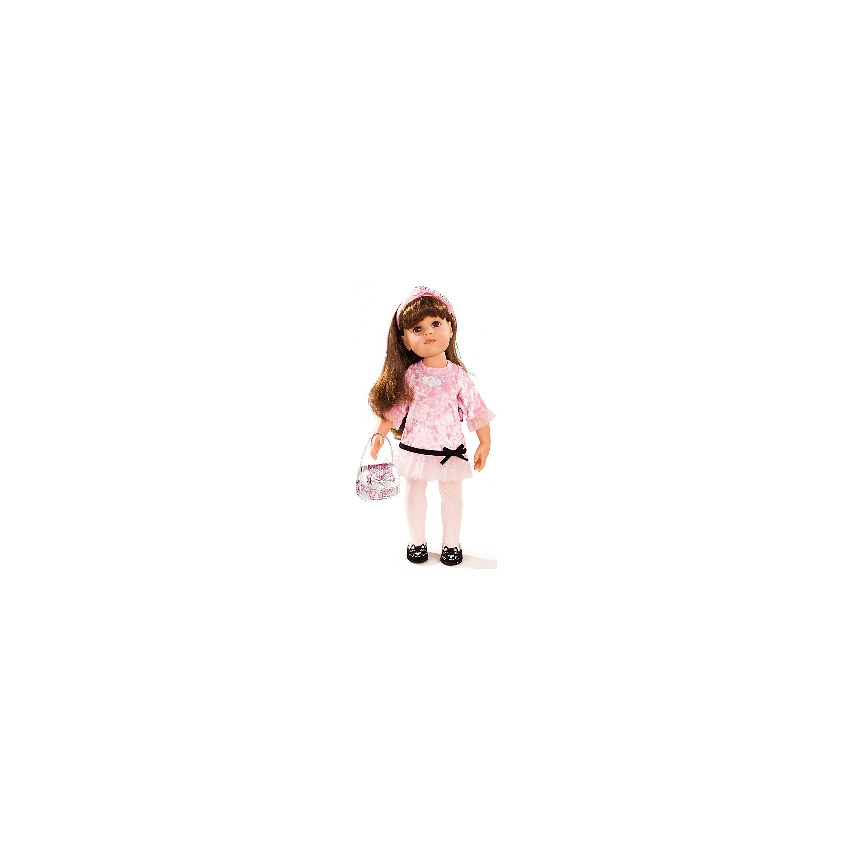 Кукла Ханна-именинница, 50 см, G?tzБренды кукол<br>Очаровательная кукла Ханна-именинница станет замечательным подарком для девочки. С красивой куклой, которая так похожа на настоящую девочку, можно проводить много времени вместе, придумывая увлекательные сюжеты для игр. Кукла Gotz с виниловым подвижным телом подходит для активных игр дома и на улице. Куклу можно переодевать и делать различные прически. Ханна одета в прекрасный наряд, как нельзя лучше подходящий для именинницы! На ней забавные туфельки с вышитыми на них мордочками котиков, платьице с сетчатой юбочкой и темным пояском, в руках у куколки сумочка. Прекрасные мягкие темные волосы куклы распущены, на голове у нее розовая повязка с бантом. В комплекте: кукла Ханна в праздничной одежде и обуви, сумочка, деревянная игрушечная вафельница,<br>деревянные вафли и тарелочки. Куклу можно мыть, для поддержания одежды в опрятном виде рекомендуется щадящая машинная стирка при температуре 30 градусов.<br><br>Ширина мм: 527<br>Глубина мм: 384<br>Высота мм: 140<br>Вес г: 1800<br>Возраст от месяцев: 36<br>Возраст до месяцев: 144<br>Пол: Женский<br>Возраст: Детский<br>SKU: 4813062