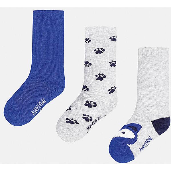 Носки для мальчика, 3 парыНоски<br>Набор из 3 пар носков для мальчиков от известного испанского бренда Mayoral. В комплекте носки разной расцветки: синий, серый с рисунком черные лапки, серый с темно-синей пяткой и синим носком с рисунком в виде зверюшки. Носки сделаны из специальных дышащих материалов, чтобы ноги ребенка не потели.<br>Дополнительная информация:<br>-разная расцветка<br>-состав: 72% хлопок, 25% полиамид, 3% эластан<br>Комплект носков Mayoral можно приобрести в нашем интернет-магазине.<br>Ширина мм: 87; Глубина мм: 10; Высота мм: 105; Вес г: 115; Цвет: сине-серый; Возраст от месяцев: 18; Возраст до месяцев: 24; Пол: Мужской; Возраст: Детский; Размер: 2,1; SKU: 4820044;