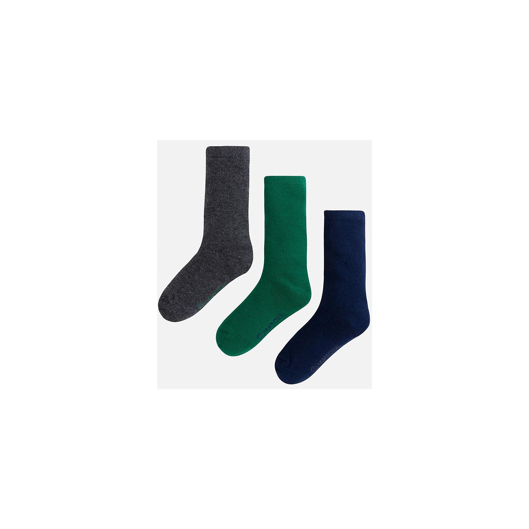 Носки для мальчика, 3 парыНоски<br>Комплект из 3 пар носков для мальчика от известного испанского бренда Mayoral. Изготовлены из качественных и дышащим материалов. Однотонные носки - отличный вариант на каждый день!<br>Дополнительная информация:<br>-цвет: серый; зеленый; темно-синий<br>-состав: 75% хлопок, 23% полиэстер, 2% эластан<br>Комплект носков Mayoral можно приобрести в нашем интернет-магазине.<br><br>Ширина мм: 87<br>Глубина мм: 10<br>Высота мм: 105<br>Вес г: 115<br>Цвет: зеленый<br>Возраст от месяцев: 60<br>Возраст до месяцев: 72<br>Пол: Мужской<br>Возраст: Детский<br>Размер: 6,4,8<br>SKU: 4820157