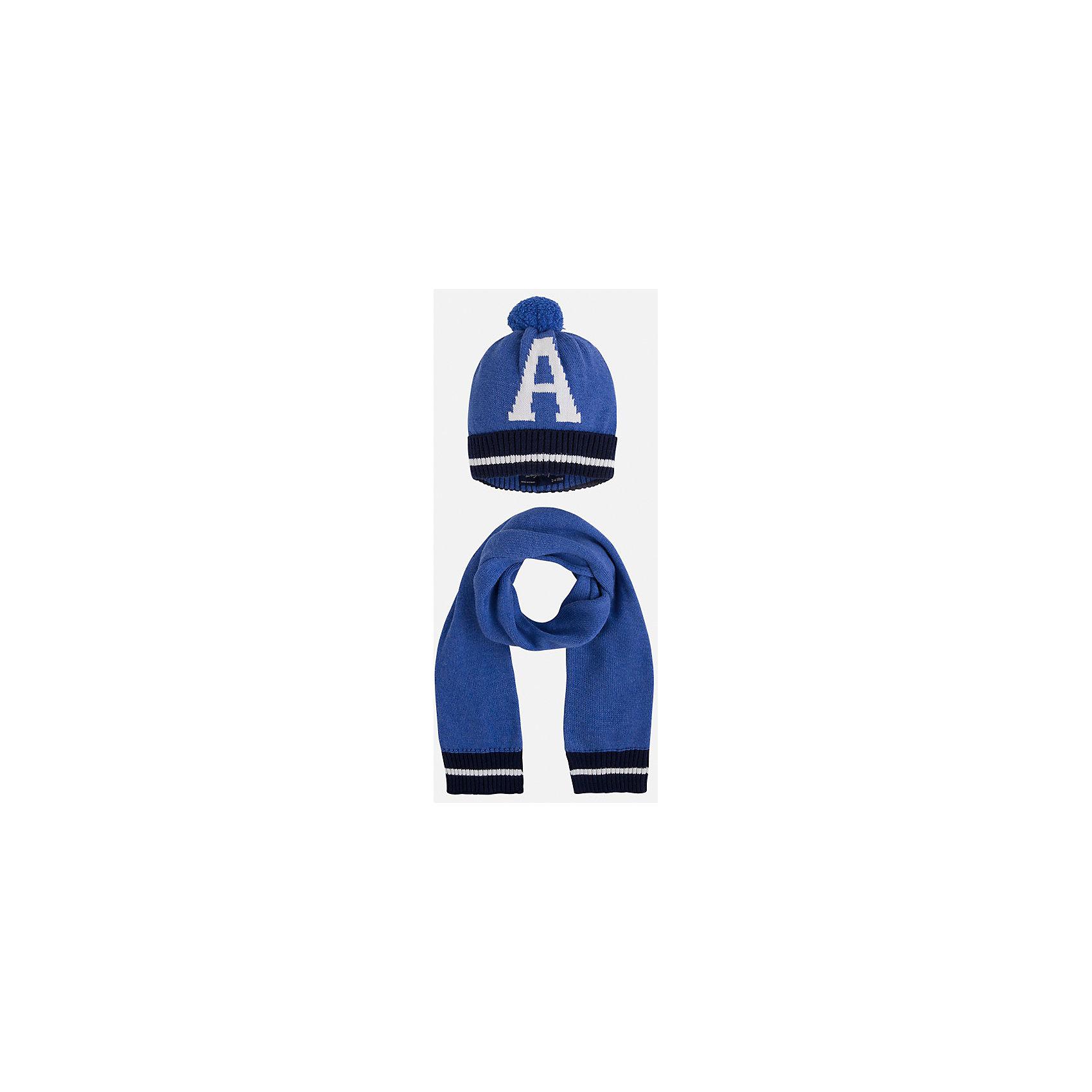 Комплект: шапка-шарф для мальчика MayoralКомплект из шапки и шарфа от известного испанского бренда Mayoral. Комплект изготовлен из качественных водоотталкивающих материалов. Шарф и шапка дополнены полосками темно-синего и белого цвета. На шапке рисунок в виде буквы А и помпон.<br>Дополнительная информация:<br>-цвет: синий<br>-состав: 60% хлопок, 30% полиамид, 10% шерсть<br>Комплект из шапки и шарфа вы можете приобрести в нашем интернет-магазине.<br><br>Ширина мм: 89<br>Глубина мм: 117<br>Высота мм: 44<br>Вес г: 155<br>Цвет: фиолетовый<br>Возраст от месяцев: 72<br>Возраст до месяцев: 84<br>Пол: Мужской<br>Возраст: Детский<br>Размер: 54,52,50<br>SKU: 4820197