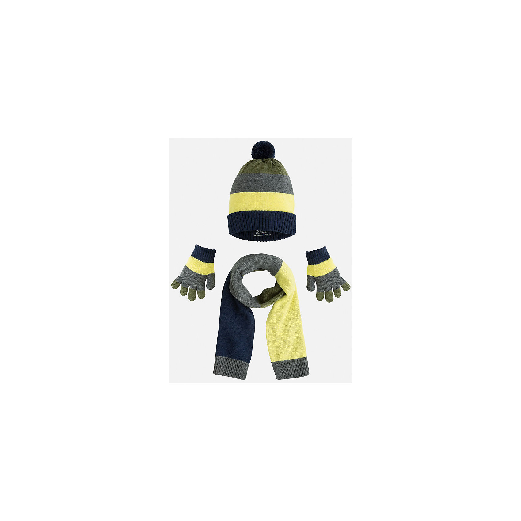 Комплект: шапка, шарф и перчатки для мальчика MayoralГоловные уборы<br>Комплект из шапки, шарфа и перчаток от известного испанского бренда Mayoral. Изготовлен из гипоаллергенных, водоотталкивающих материалов для самых активных прогулок!<br>Дополнительная информация:<br>-цвета: желтый, серый, зеленый, синий<br>-помпон на шапке<br>-надежные резинки<br>-состав: 45% акрил, 30% вискоза, 15% полиамид, 10% шерсть<br>Комплект из шапки, шарфа и перчаток Mayoral можно приобрести  в нашем интернет-магазине.<br><br>Ширина мм: 89<br>Глубина мм: 117<br>Высота мм: 44<br>Вес г: 155<br>Цвет: хаки<br>Возраст от месяцев: 24<br>Возраст до месяцев: 36<br>Пол: Мужской<br>Возраст: Детский<br>Размер: 50,54,52<br>SKU: 4820201