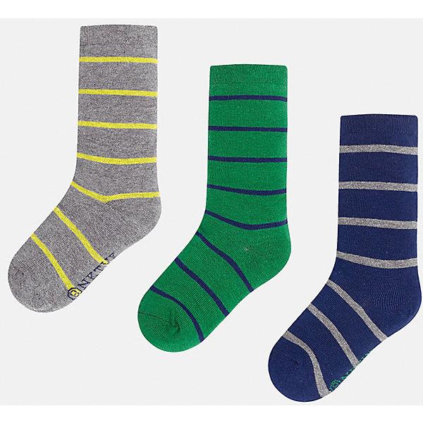 Носки для мальчика MayoralНоски<br>Комплект носков для мальчика от известного испанского бренда Mayoral. Все носки изготовлены из дышащих, водоотталкивающих материалов. Яркие носки в полоску - хороший выбор на каждый день!<br>Дополнительная информация:<br>-цвета: серый/желтый, зеленый/синий, синий/серый<br>-состав: 72% хлопок, 25% полиамид, 3% эластан<br>Носки Mayoral можно приобрести в нашем интернет-магазине.<br><br>Ширина мм: 87<br>Глубина мм: 10<br>Высота мм: 105<br>Вес г: 115<br>Цвет: разноцветный<br>Возраст от месяцев: 156<br>Возраст до месяцев: 168<br>Пол: Мужской<br>Возраст: Детский<br>Размер: 14,8,12,16,10,18<br>SKU: 4820253