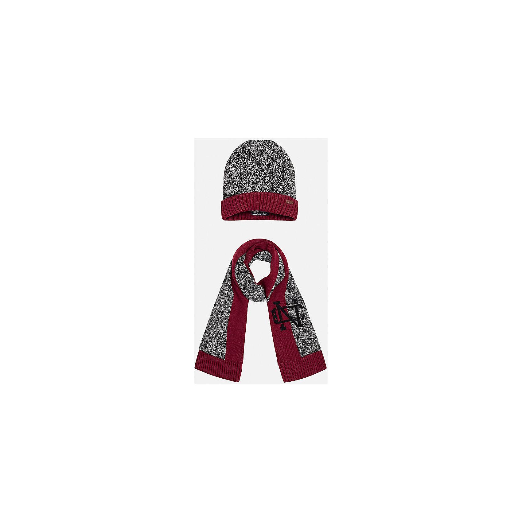 Комплект: шапка-шарф для мальчика MayoralШарфы, платки<br>Комплект из шапки и шарфа для мальчика от известного испанского бренда Mayoral. Изготовлены из 100% хлопка, приятного телу. Оригинальная расцветка с эмблемой - то, что нужно стильному джентльмену!<br>Дополнительная информация:<br>-цвет: красный/серый<br>-состав: 100% хлопок<br>Комплект из шапки и шарфа Mayoral вы можете приобрести в нашем интернет-магазине.<br><br>Ширина мм: 89<br>Глубина мм: 117<br>Высота мм: 44<br>Вес г: 155<br>Цвет: бордовый<br>Возраст от месяцев: 72<br>Возраст до месяцев: 84<br>Пол: Мужской<br>Возраст: Детский<br>Размер: 54,52<br>SKU: 4820292