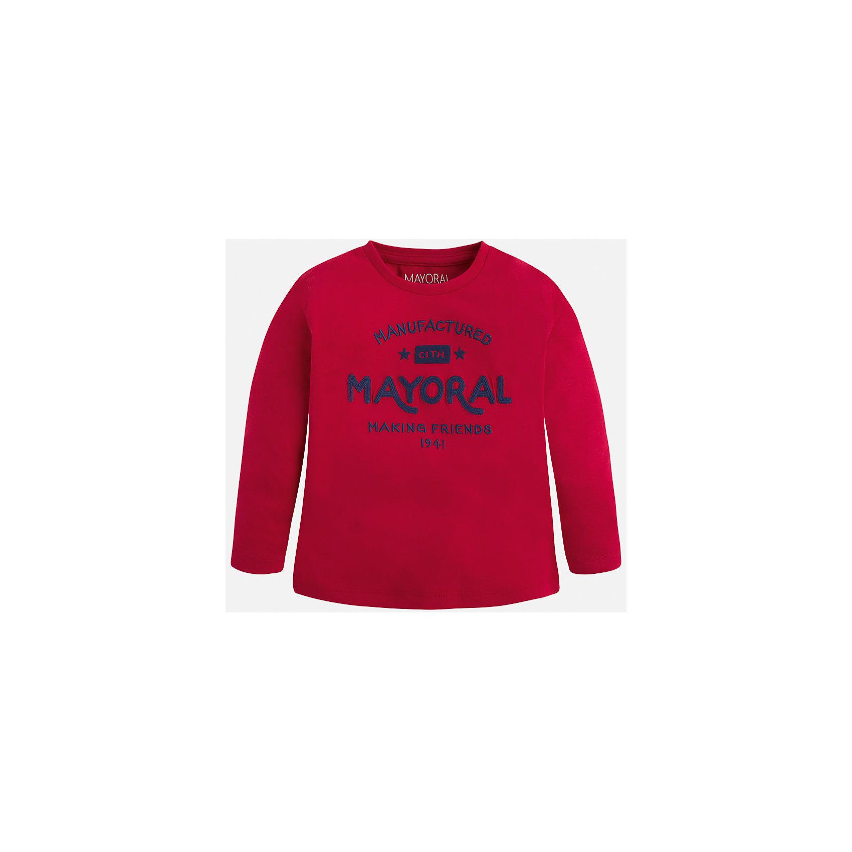 Футболка с длинным рукавом для мальчика MayoralФутболка для мальчика от известного испанского бренда Mayoral. Изготовлена из качественных дышащих материалов, приятно прилегает к телу. Прямой силуэт, длинные рукава. Спереди футболка украшена принтом, посвященным бренду. Специально для тех, кто знает толк в качестве одежды.<br>Дополнительная информация:<br>-прямой силуэт<br>-длинные рукава<br>-цвет: красный<br>-состав: 100% хлопок<br>Футболку Mayoral можно приобрести в нашем интернет-магазине.<br><br>Ширина мм: 230<br>Глубина мм: 40<br>Высота мм: 220<br>Вес г: 250<br>Цвет: бордовый<br>Возраст от месяцев: 48<br>Возраст до месяцев: 60<br>Пол: Мужской<br>Возраст: Детский<br>Размер: 110,116,122,128,134,92,98,104<br>SKU: 4820405