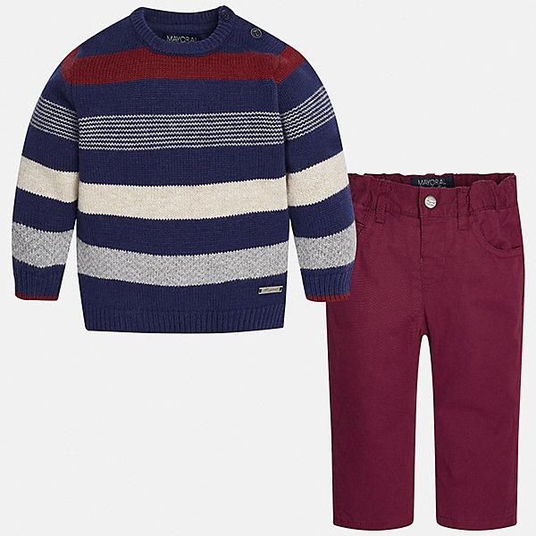 Комплект: джемпер и брюки для мальчика MayoralКомплекты<br>Комплект джемпер и брюки для мальчика от известной испанской марки Mayoral (Майорал) - прекрасный вариант для повседневной носки. Он состоит из джемпера с длинными рукавами и длинных брюк. Джемпер в полоску с округлым вырезом горловины, выполнен из мягкой, приятной на ощупь ткани с добавлением шерсти. Удобный крой не будет стеснять движений вашего ребенка, а благодаря застежкам-пуговицам, расположенным на плече, переодевание будет быстрым и легким. Брюки прямого кроя, застегиваются на кнопку. Пояс на резинке. Комплект выполнен из высококачественных материалов, прекрасно смотрится на фигуре, не линяет и не выцветает.<br><br>Дополнительная информация:<br><br>- Комплектация: брюки, джемпер<br>- Цвет: темно-синий, бургунди<br>- Состав: джемпер - 60% хлопок, 30% полиамид, 10% шерсть; брюки – 65% полиэстер, 35% хлопок, подкладка – 100% хлопок<br>- Уход за вещами: бережная стирка при 30 градусах<br><br>Комплект: майка и брюки для мальчика Mayoral (Майорал) можно купить в нашем интернет-магазине.<br>Ширина мм: 199; Глубина мм: 10; Высота мм: 161; Вес г: 151; Цвет: бордовый; Возраст от месяцев: 12; Возраст до месяцев: 15; Пол: Мужской; Возраст: Детский; Размер: 80,92,86; SKU: 4820768;