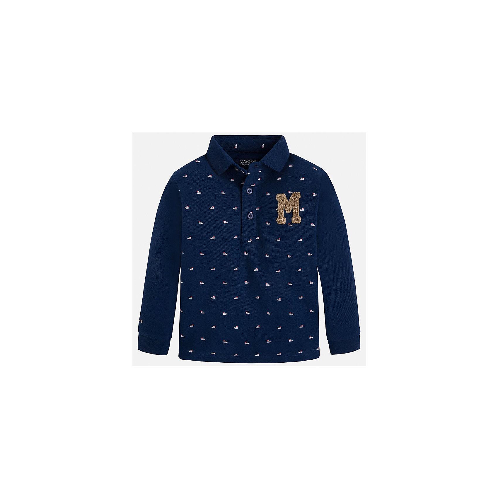 Футболка-поло с длинным рукавом для мальчика MayoralФутболки с длинным рукавом<br>Рубашка-поло для мальчика Mayoral (Майорал) – это стильная, модная и практичная модель.<br>Стильная рубашка-поло с длинными рукавами от известной испанской марки Mayoral (Майорал) выполненная из натурального хлопка, станет прекрасным дополнением гардероба вашего мальчика. Рубашка декорирована принтом с изображением спортивной обуви. У рубашки отложной воротник. Ворот застегивается на пуговицы. Комфортный прямой крой гарантирует свободу движений.<br><br>Дополнительная информация:<br><br>- Цвет: синий<br>- Состав: 100% хлопок<br>- Уход: бережная стирка при 30 градусах<br><br>Рубашку-поло для мальчика Mayoral (Майорал) можно купить в нашем интернет-магазине.<br><br>Ширина мм: 174<br>Глубина мм: 10<br>Высота мм: 169<br>Вес г: 157<br>Цвет: синий<br>Возраст от месяцев: 24<br>Возраст до месяцев: 36<br>Пол: Мужской<br>Возраст: Детский<br>Размер: 98,134,104,110,116,122,128<br>SKU: 4821009