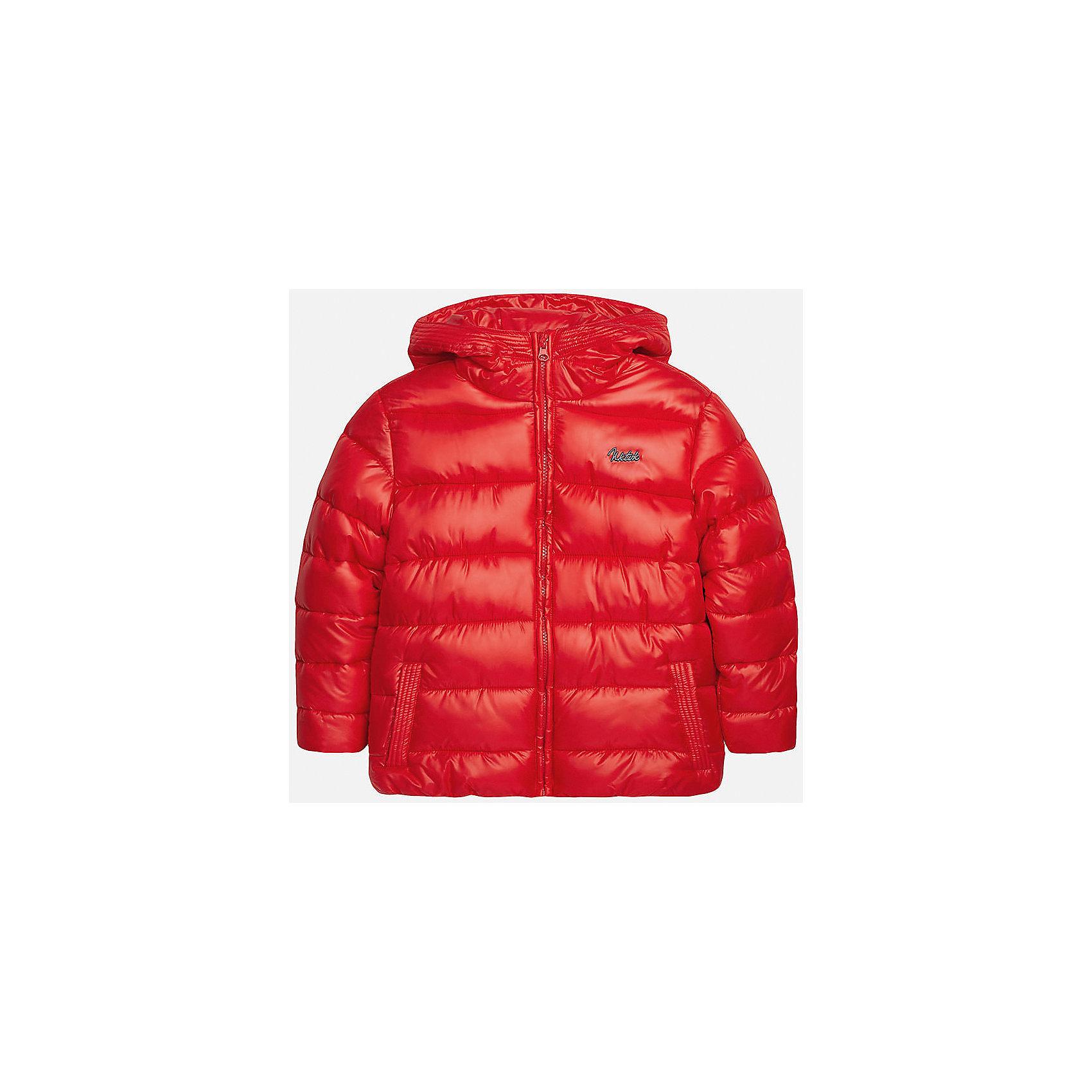 Куртка для мальчика MayoralВерхняя одежда<br>Куртка для мальчика Mayoral (Майорал)<br>Куртка для мальчика от известной испанской марки Mayoral (Майорал) выполнена из водонепроницаемого полиэстера, имеет удобный капюшон, два кармана по бокам. Модель застегивается на молнию, рукава куртки дополнены внутренними манжетами.<br><br>Дополнительная информация:<br><br>- Верх: 100% полиэстер<br>- Подкладка: 100% полиэстер<br>- Утеплитель: 100% полиэстер<br>- Уход: бережная стирка при 30 градусах<br><br>Куртку для мальчика Mayoral (Майорал) можно купить в нашем интернет-магазине.<br><br>Ширина мм: 356<br>Глубина мм: 10<br>Высота мм: 245<br>Вес г: 519<br>Цвет: коричневый<br>Возраст от месяцев: 96<br>Возраст до месяцев: 108<br>Пол: Мужской<br>Возраст: Детский<br>Размер: 128,164,158,152,146,140<br>SKU: 4821081