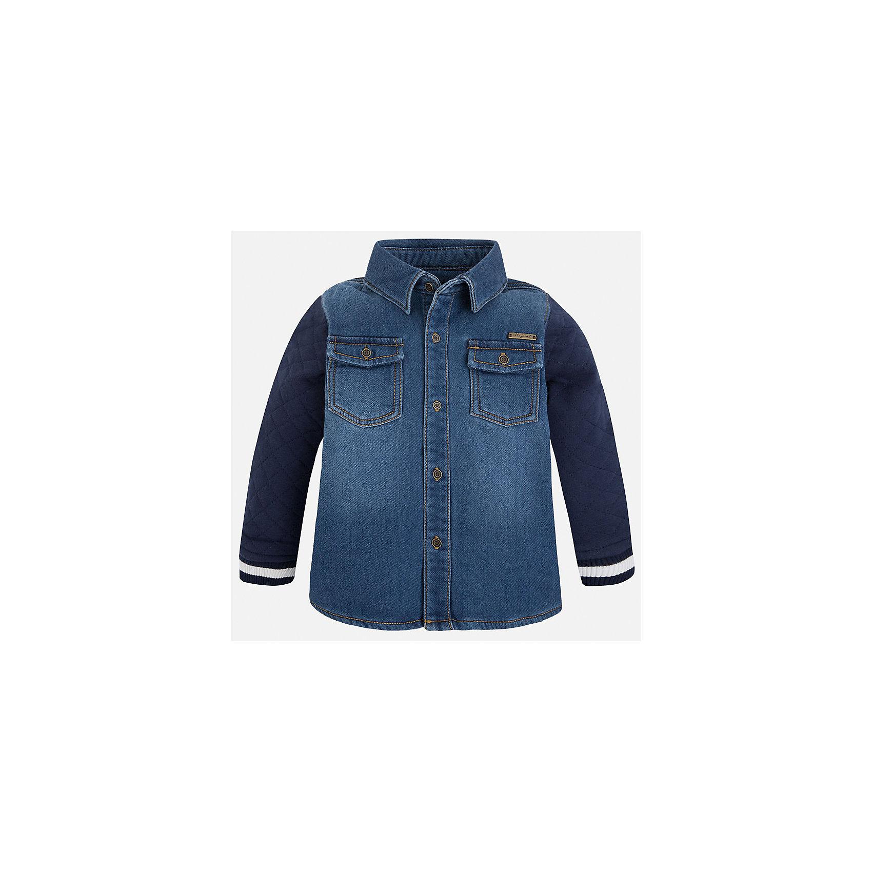 Рубашка джинсовая для мальчика MayoralДжинсовая одежда<br>Рубашка для мальчика Mayoral (Майорал) – это стильная модная и практичная модель.<br>Рубашка с длинными рукавами от известной испанской марки Mayoral (Майорал), выполненная из натурального хлопка с добавлением вискозы, станет прекрасным дополнением гардероба вашего мальчика. Рубашка застегивается на пуговицы, имеются два нагрудных накладных кармана с клапанами на пуговицах. Рубашка будет отлично сочетаться с джинсами. Комфортный крой гарантирует свободу движений.<br><br>Дополнительная информация:<br><br>- Состав: 75% хлопок, 25% вискоза<br>- Уход: бережная стирка при 30 градусах<br><br>Рубашку для мальчика Mayoral (Майорал) можно купить в нашем интернет-магазине.<br><br>Ширина мм: 174<br>Глубина мм: 10<br>Высота мм: 169<br>Вес г: 157<br>Цвет: синий<br>Возраст от месяцев: 72<br>Возраст до месяцев: 84<br>Пол: Мужской<br>Возраст: Детский<br>Размер: 122,92,98,104,110,134,128,116<br>SKU: 4821191