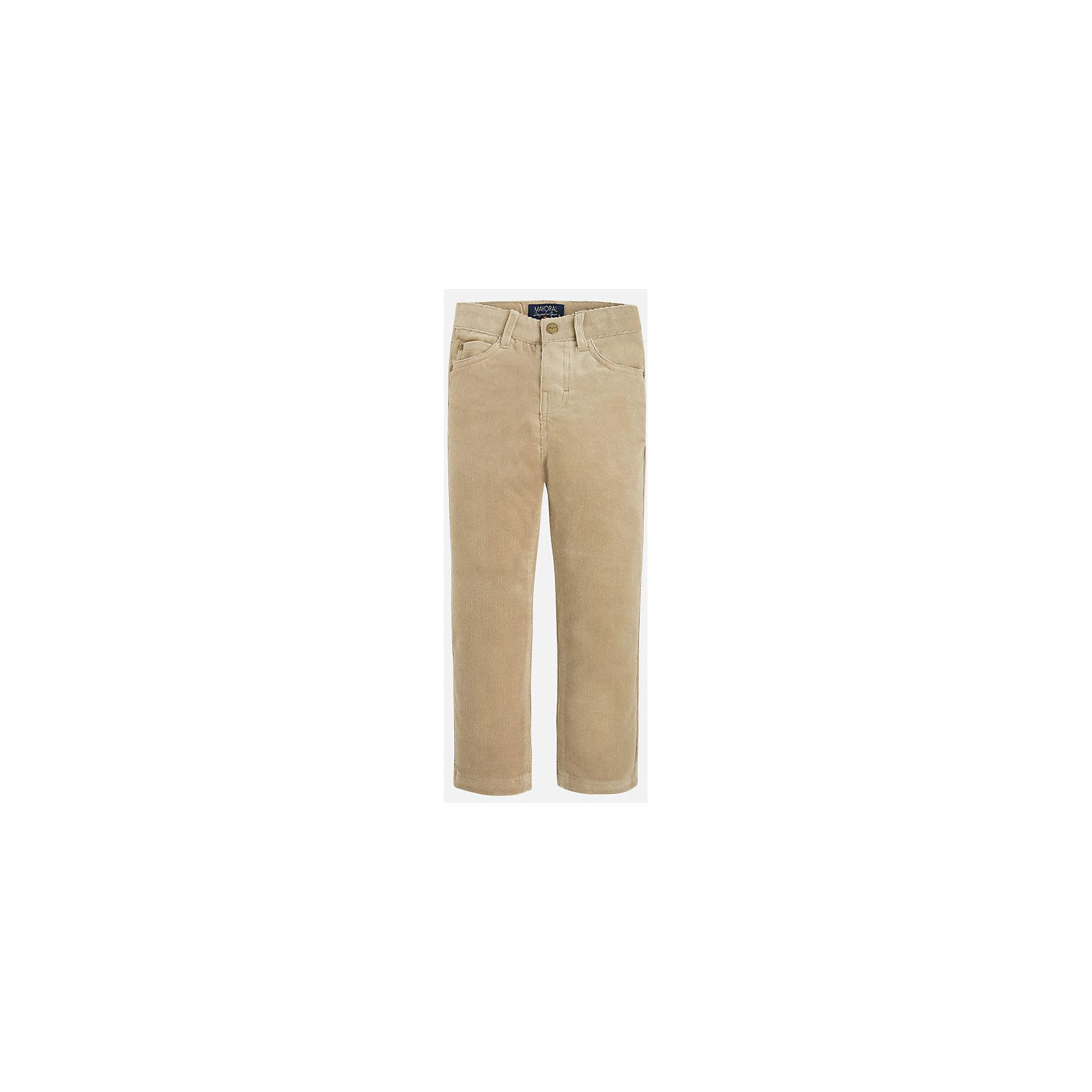 Брюки для мальчика MayoralВельветовые брюки для мальчика от известного испанского бренда Mayoral(Майорал). Брюки с удобной регулируемой талией имеют по 2 кармана спереди и сзади. Эти брюки прекрасно впишутся в гардероб ребенка!<br><br>Дополнительная информация:<br>Состав: 72% хлопок, 26% полиэстер, 2% эластан<br>Цвет: бежевый<br>Вы можете купить брюки для мальчика Mayoral(Майорал) в нашем интернет-магазине.<br><br>Ширина мм: 215<br>Глубина мм: 88<br>Высота мм: 191<br>Вес г: 336<br>Цвет: бежевый<br>Возраст от месяцев: 60<br>Возраст до месяцев: 72<br>Пол: Мужской<br>Возраст: Детский<br>Размер: 116,98,110,122,128,134,104<br>SKU: 4821208
