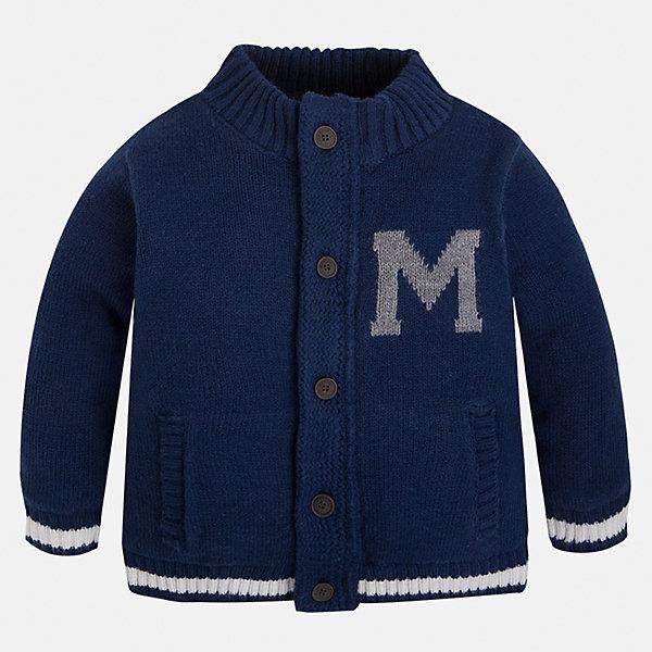 Кардиган для мальчика MayoralСвитера и кардиганы<br>Кардиган для мальчика Mayoral (Майорал)<br>Кардиган от известной испанской марки Mayoral (Майорал) станет прекрасным дополнением гардероба вашего мальчика. Кардиган застегивается на пуговицы, декорирован принтом в виде буквы «M» на груди и цифры «36» на спине, впереди предусмотрены два кармашка. Отделка горловины, манжет и низа кардигана выполнена резинкой.<br><br>Дополнительная информация:<br><br>- Состав: 100% акрил<br>- Подкладка: 100% полиэстер<br>- Уход: бережная стирка при 30 градусах<br><br>Кардиган для мальчика Mayoral (Майорал) можно купить в нашем интернет-магазине.<br><br>Ширина мм: 190<br>Глубина мм: 74<br>Высота мм: 229<br>Вес г: 236<br>Цвет: синий<br>Возраст от месяцев: 48<br>Возраст до месяцев: 60<br>Пол: Мужской<br>Возраст: Детский<br>Размер: 110,104,98,128,134,122,116<br>SKU: 4821418