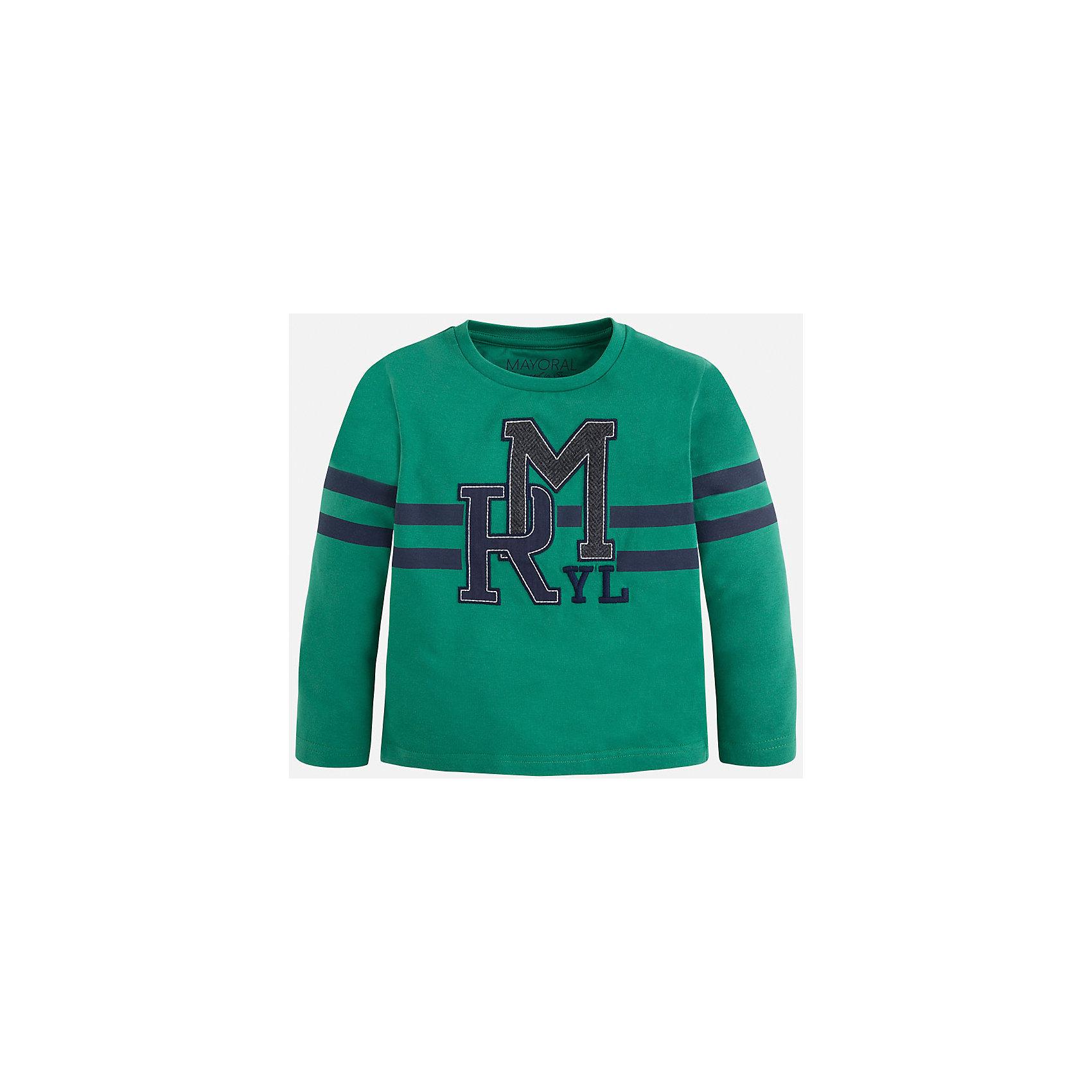 Футболка с длинным рукавом для мальчика MayoralХлопковая футболка с длинными рукавами - это  базовая вещь в любом гардеробе. Благодаря длинным рукавам и легкому составу, ее можно носить в любое время года, а яркий орнамент, подчеркнет индивидуальный стиль Вашего ребенка!!<br><br>Дополнительная информация:<br><br>- Крой: прямой крой.<br>- Страна бренда: Испания.<br>- Состав: хлопок 100%.<br>- Цвет: зеленый.<br>- Уход: бережная стирка при 30 градусах.<br><br>Купить футболку с длинным рукавом для мальчика, от  Mayoral, можно в нашем магазине.<br><br>Ширина мм: 230<br>Глубина мм: 40<br>Высота мм: 220<br>Вес г: 250<br>Цвет: зеленый<br>Возраст от месяцев: 24<br>Возраст до месяцев: 36<br>Пол: Мужской<br>Возраст: Детский<br>Размер: 98,104,134,128,122,116,110<br>SKU: 4821805